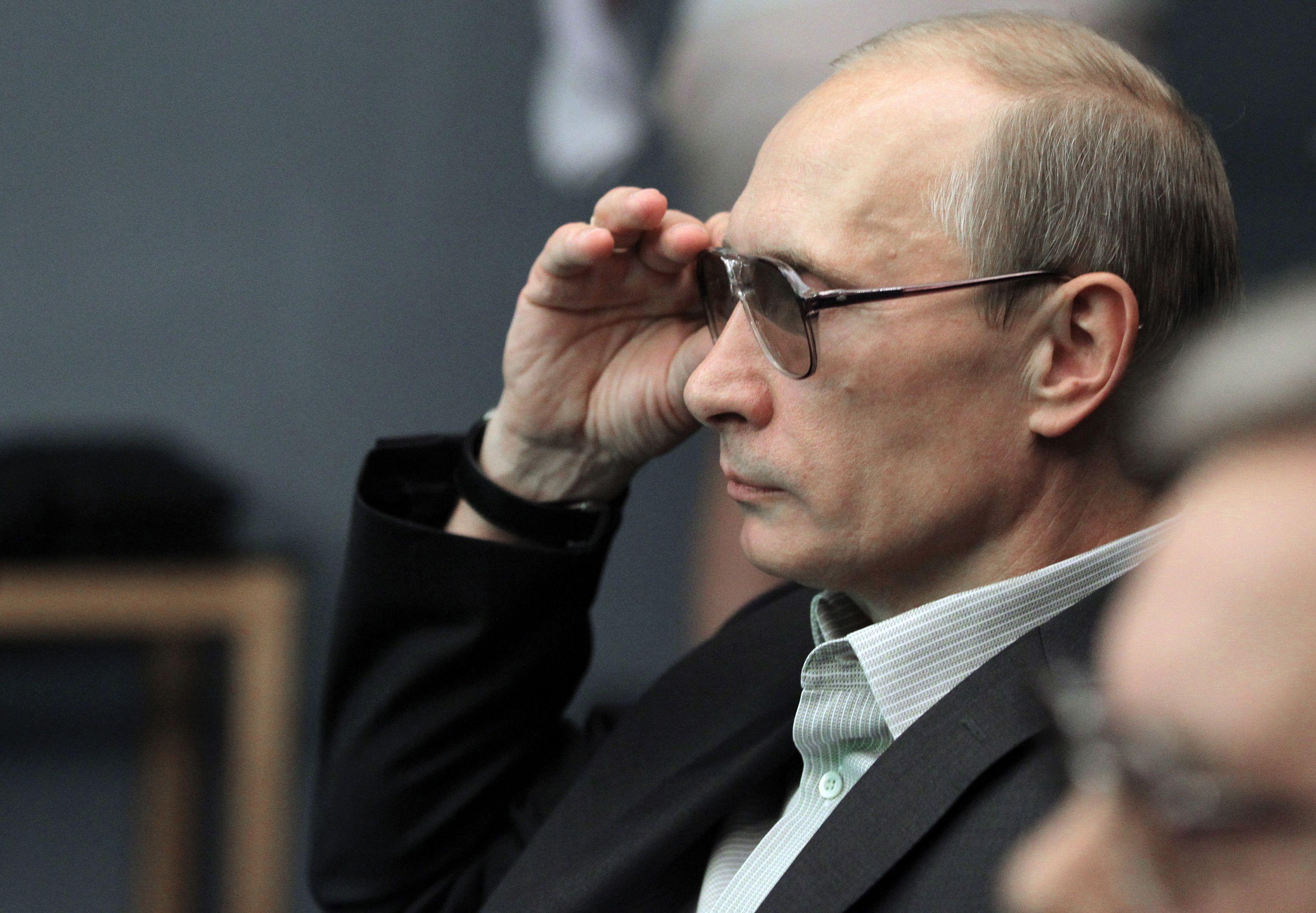 40 milliards de dollars de fortune pour Vladimir Poutine selon le New York Times... et pourtant ce n'est pas en le frappant au portefeuille qu'on le ferait plier