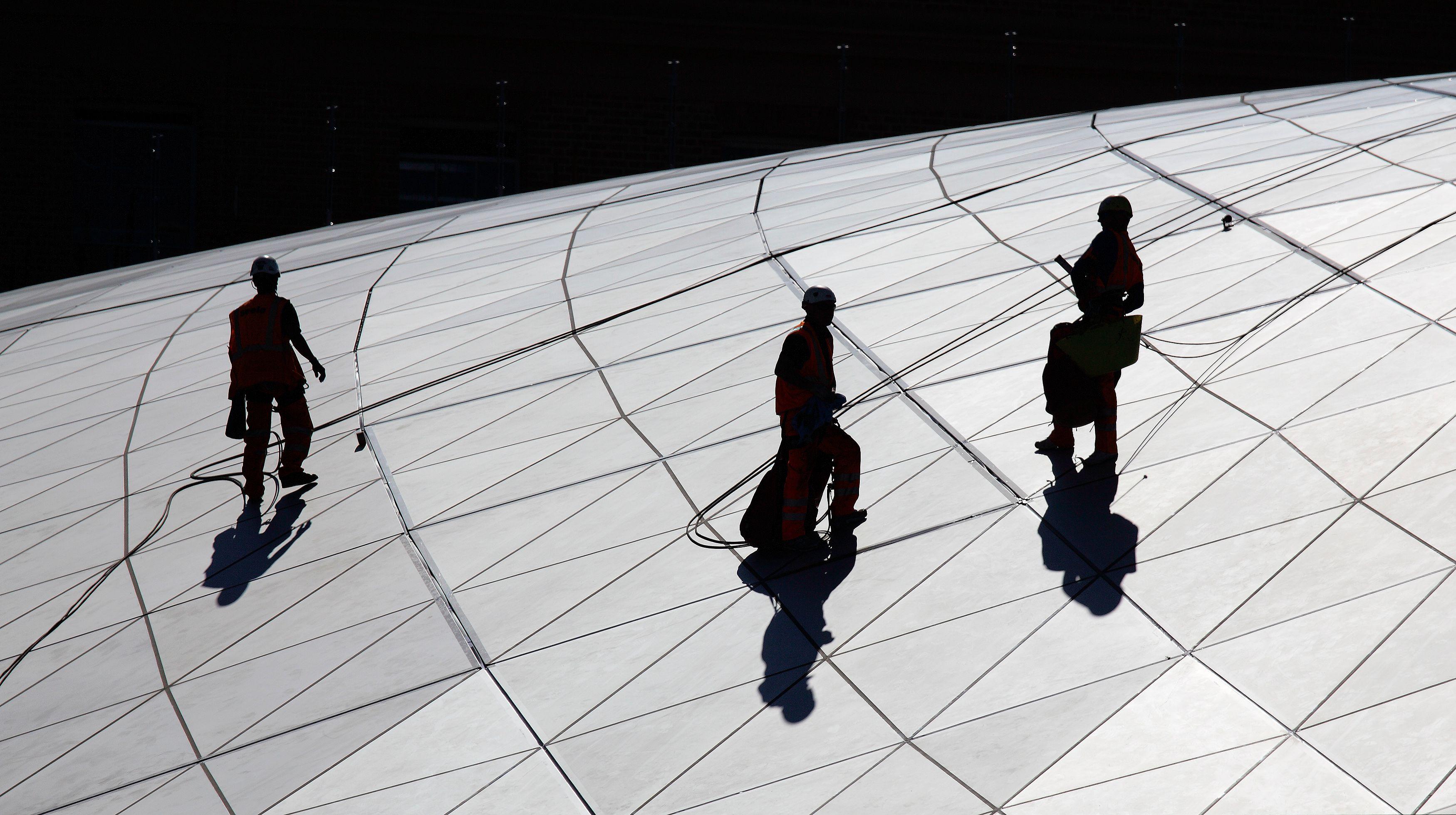 """""""La politique de solidarité européenne du gouvernement Hollande transfère l'emploi français à la périphérie."""""""