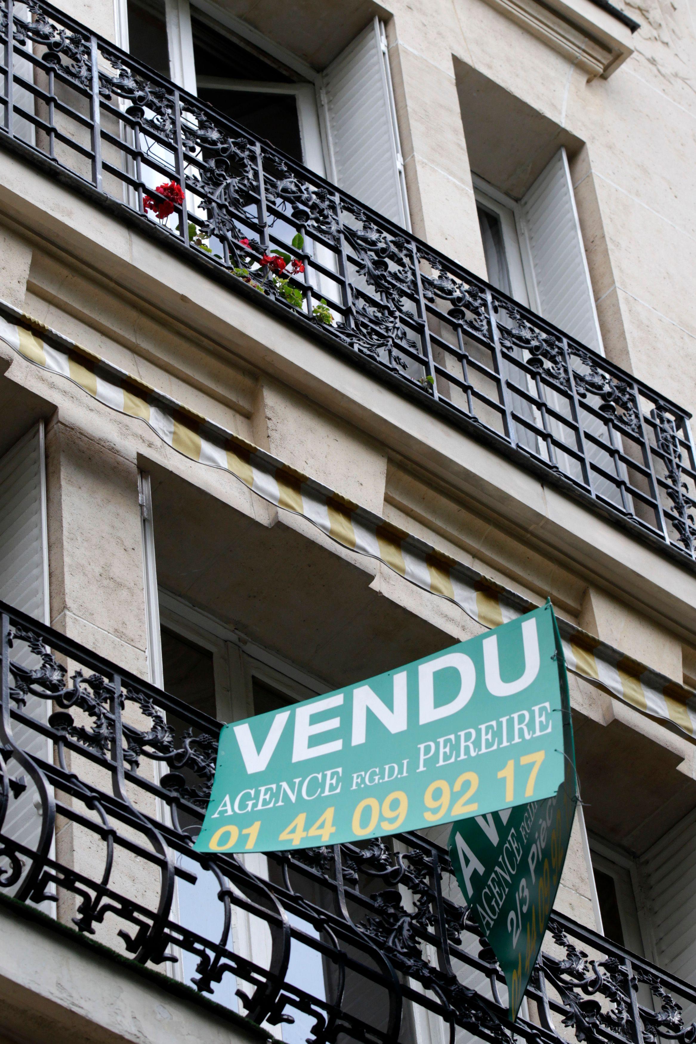 Les palpitantes aventures des chambres de bonne parisiennes