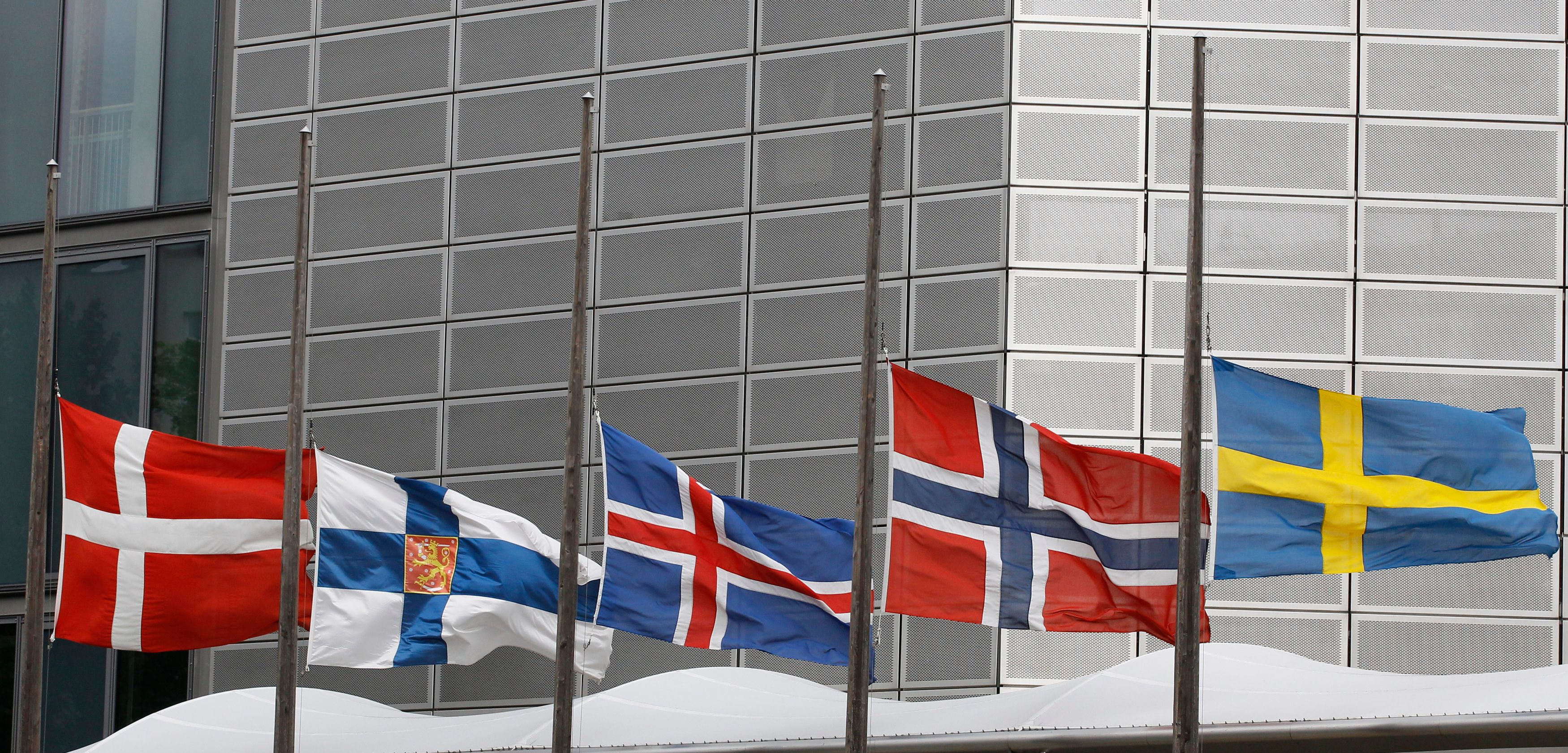 Paradoxe scandinave : pourquoi les pays où les gens sont les plus heureux sont aussi ceux où on se suicide beaucoup