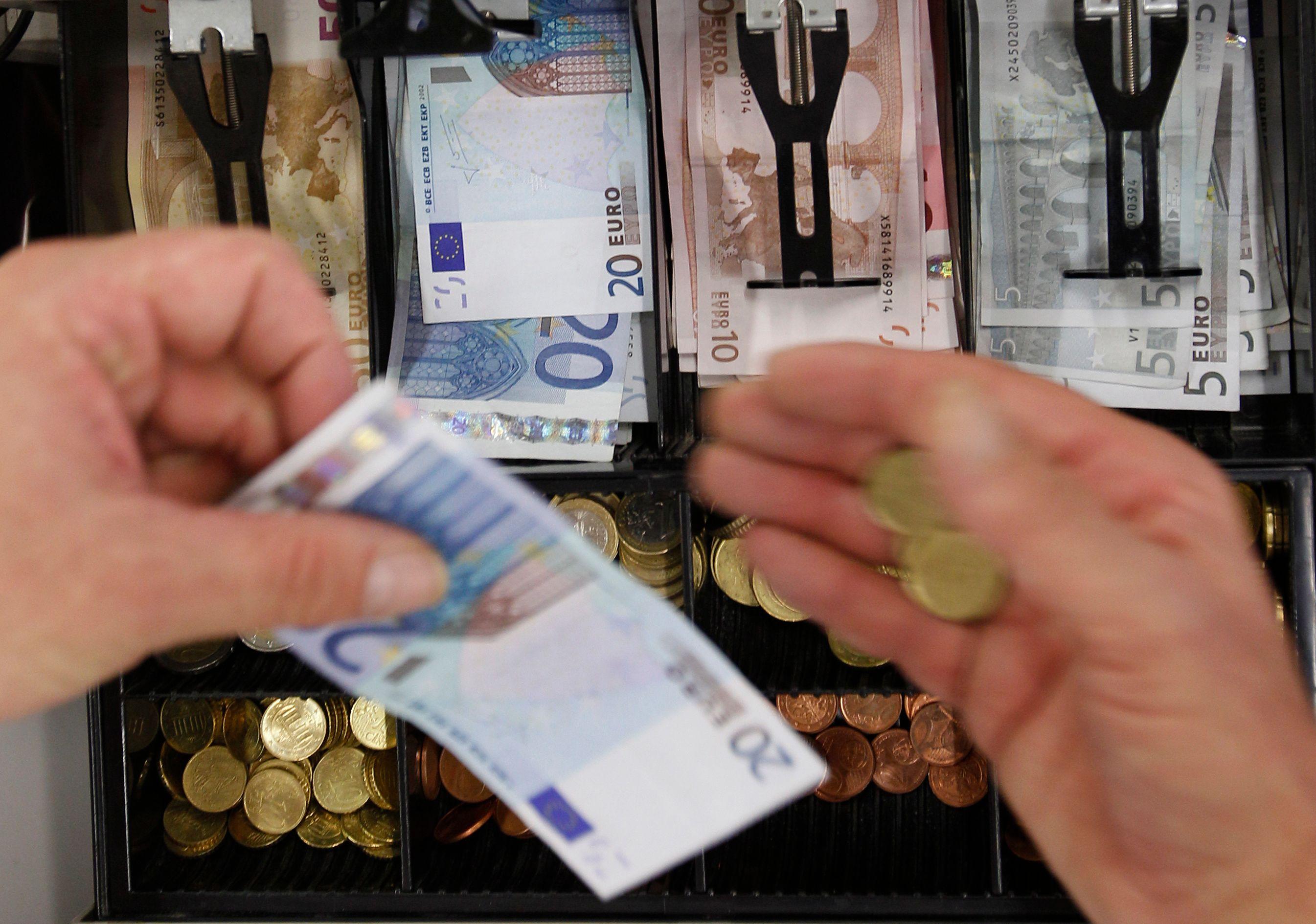 L'Insee prévoit une reprise de l'activité économique mais insuffisante pour enrayer la hausse du chômage