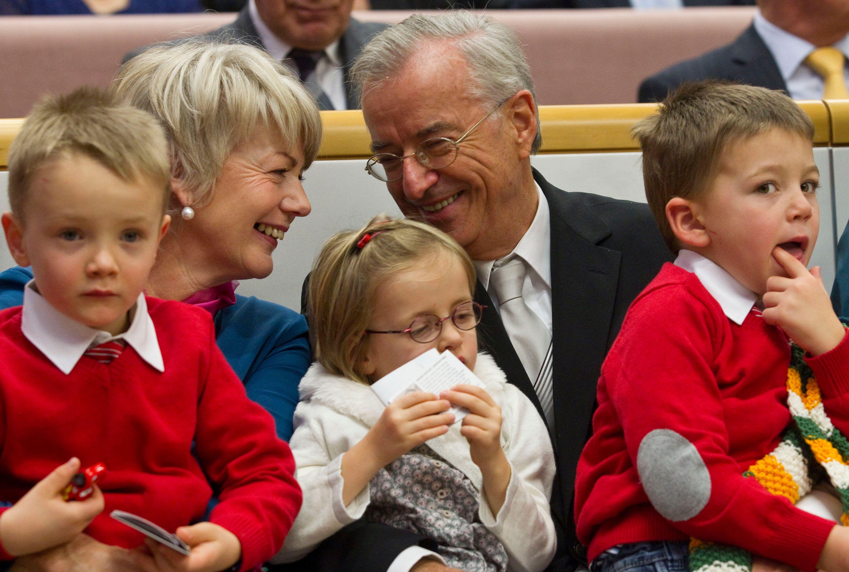 Un enfant a plus de chances de voir son avenir conditionné par la position sociale de ses grands-parents que par celle de ses parents.