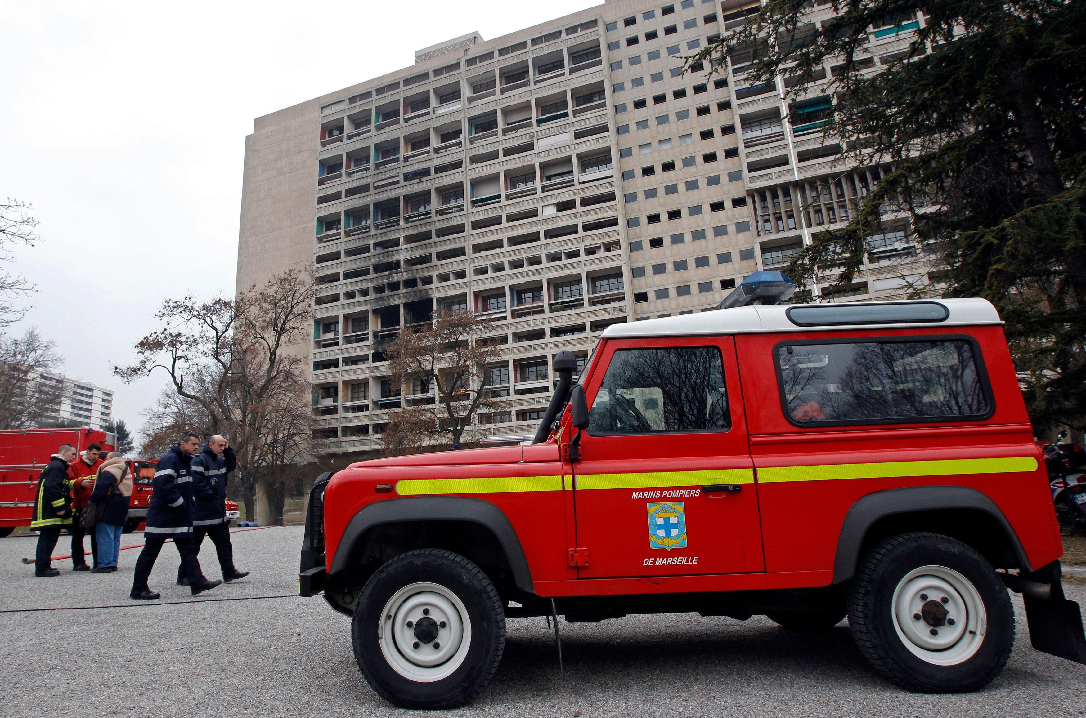 """Manifestation à Lyon pour dénoncer ceux qui veulent """"griller du pompier"""""""