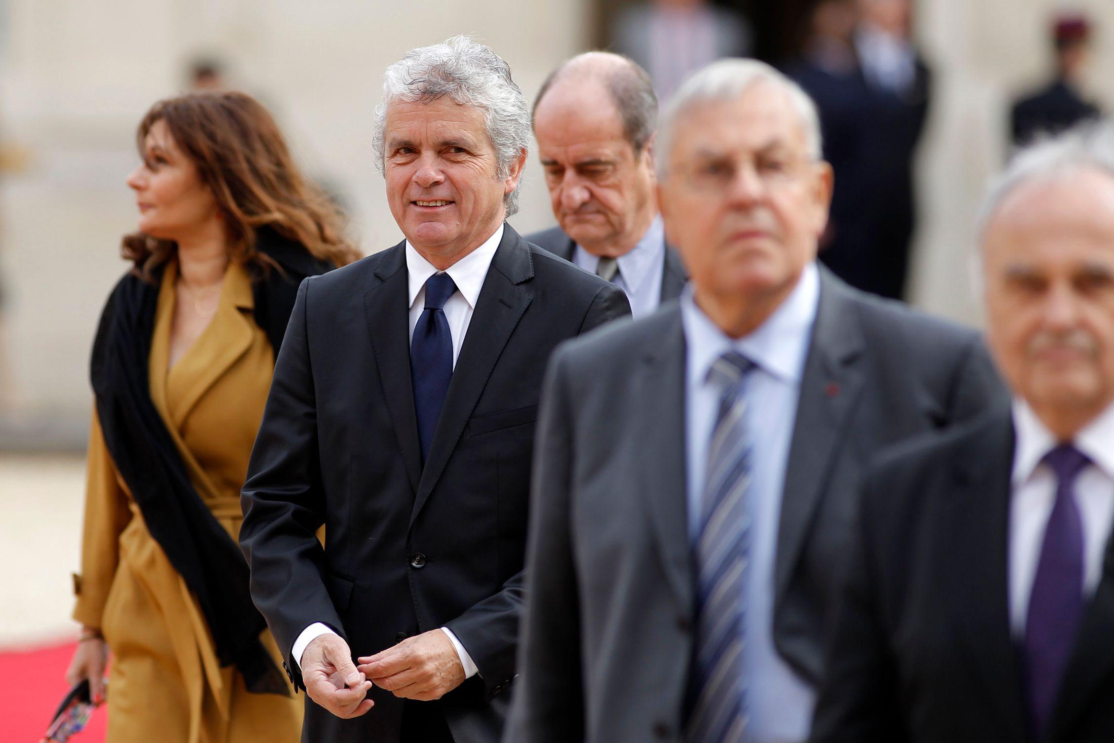 Aquilino Morelle prend la main sur la communication présidentielle, Claude Sérillon est cantonné au web