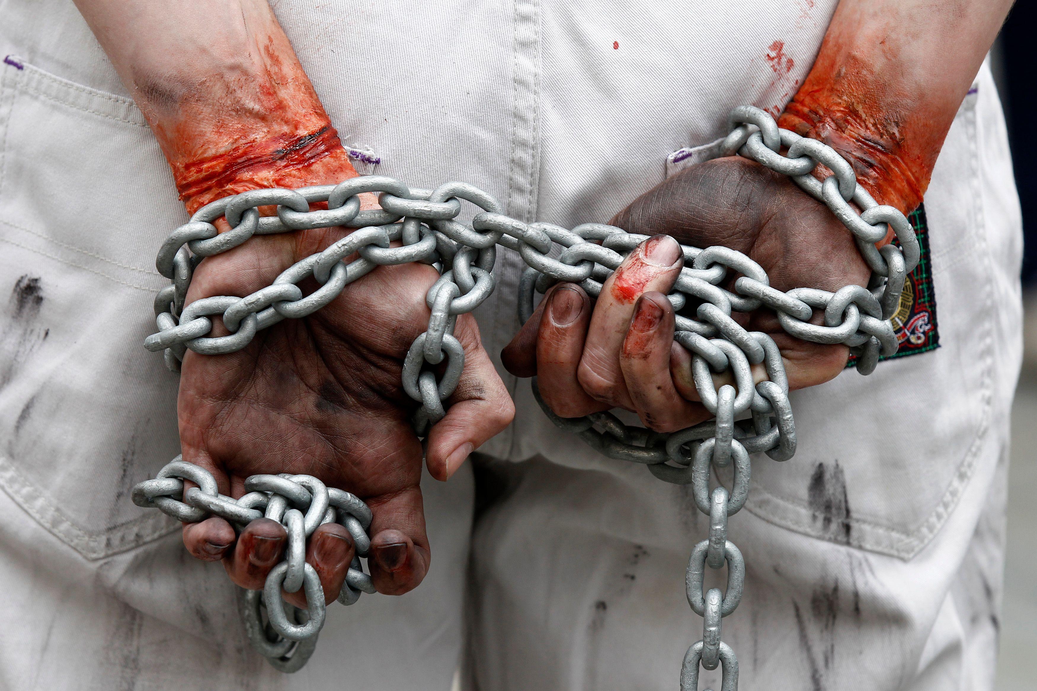 Ces esclaves modernes que risque de créer la Loi asile et immigration via un statut d'emploi au pair