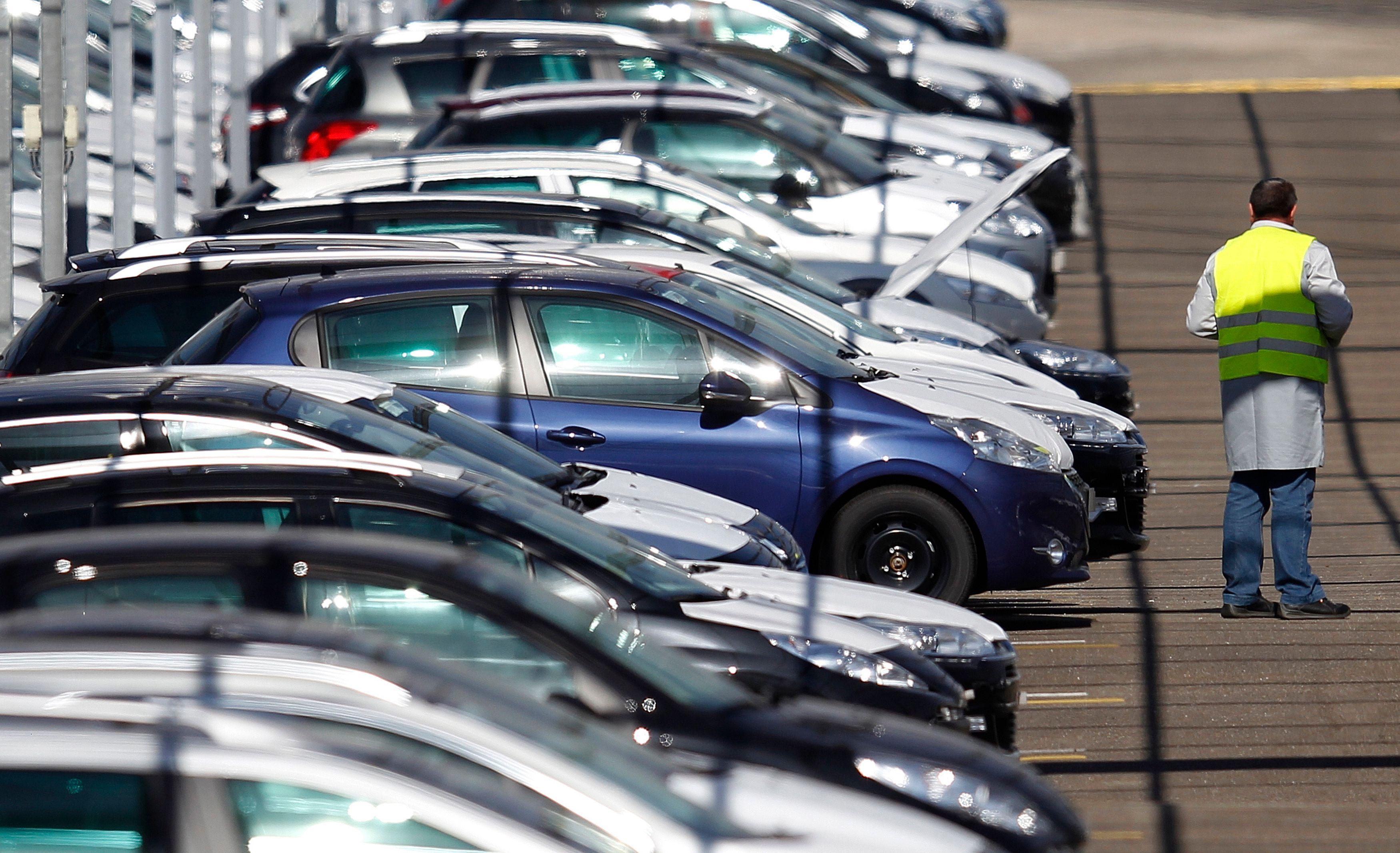 Les Européens ne financent plus l'achat de leurs voitures comme avant. Et ça ne présage rien de bon pour l'industrie automobile