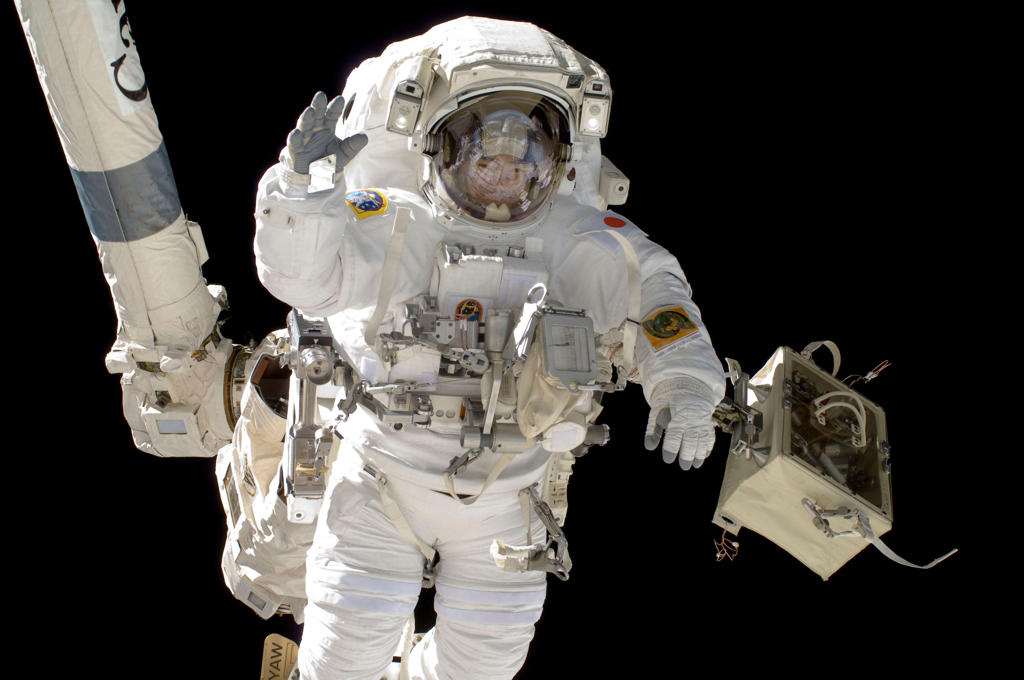 Les astronautes de la station spatiale internationale en seront-ils réduits à  la débrouille suite à l'échec de la mission qui devait les approvisionner ?