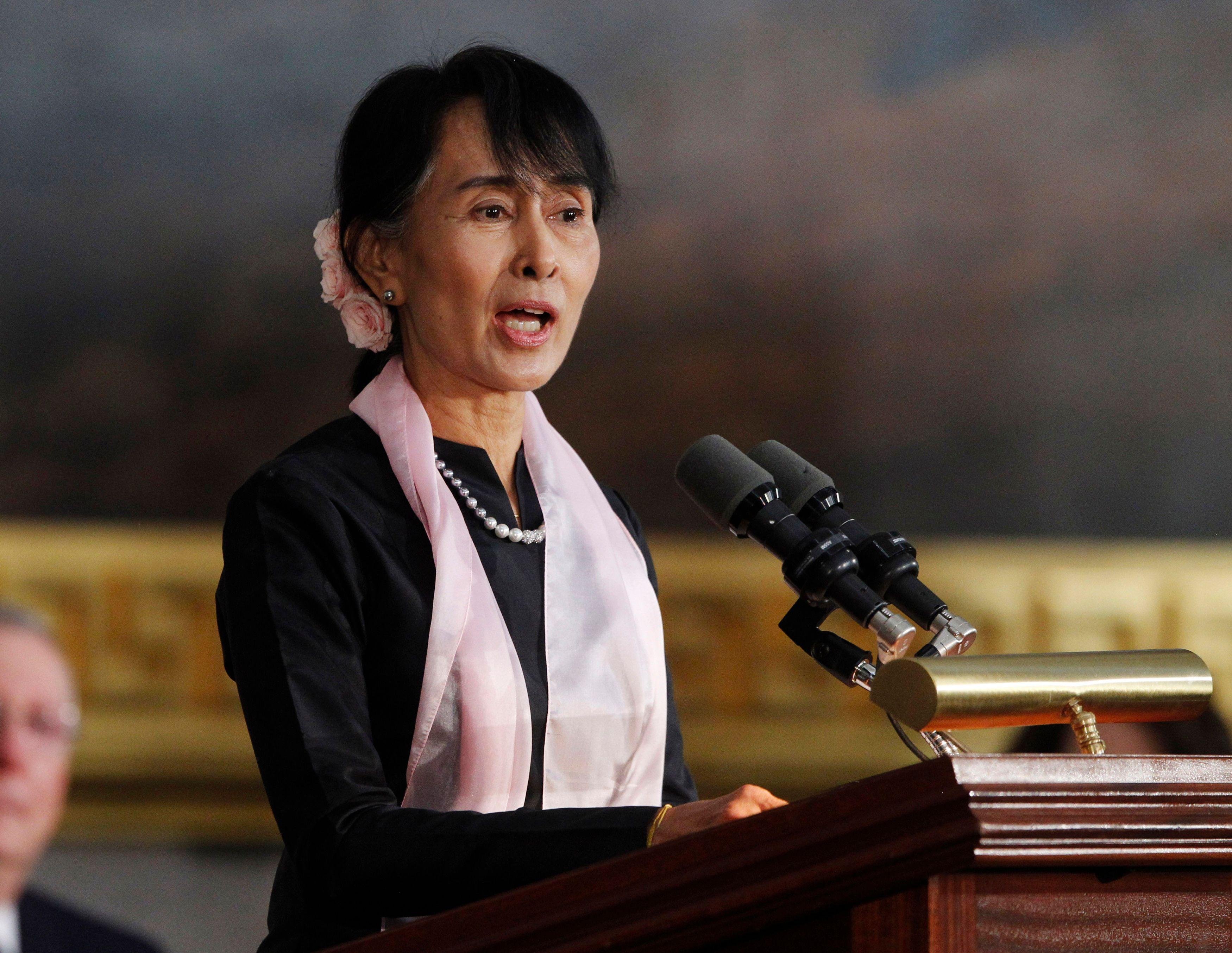 Rohingyas : Aung San Suu Kyi critiquée de toutes parts pour son silence