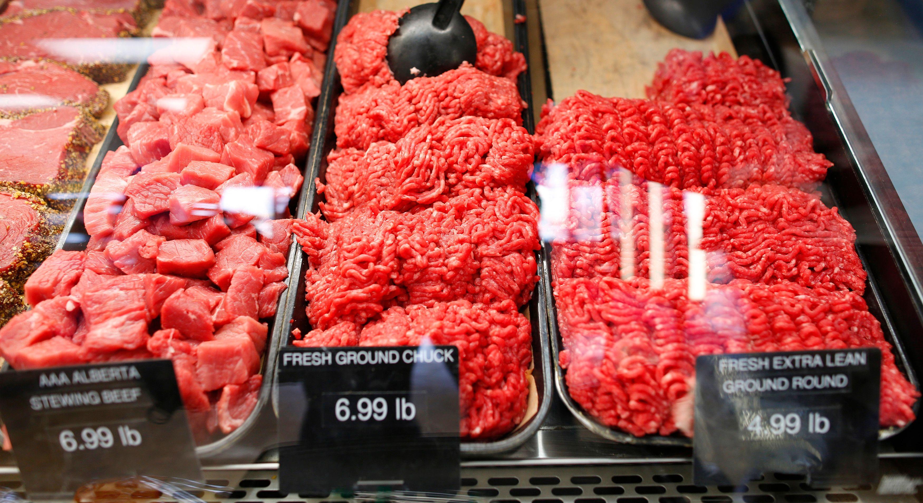 Un groupe de chercheurs réhabilite la viande rouge et la charcuterie