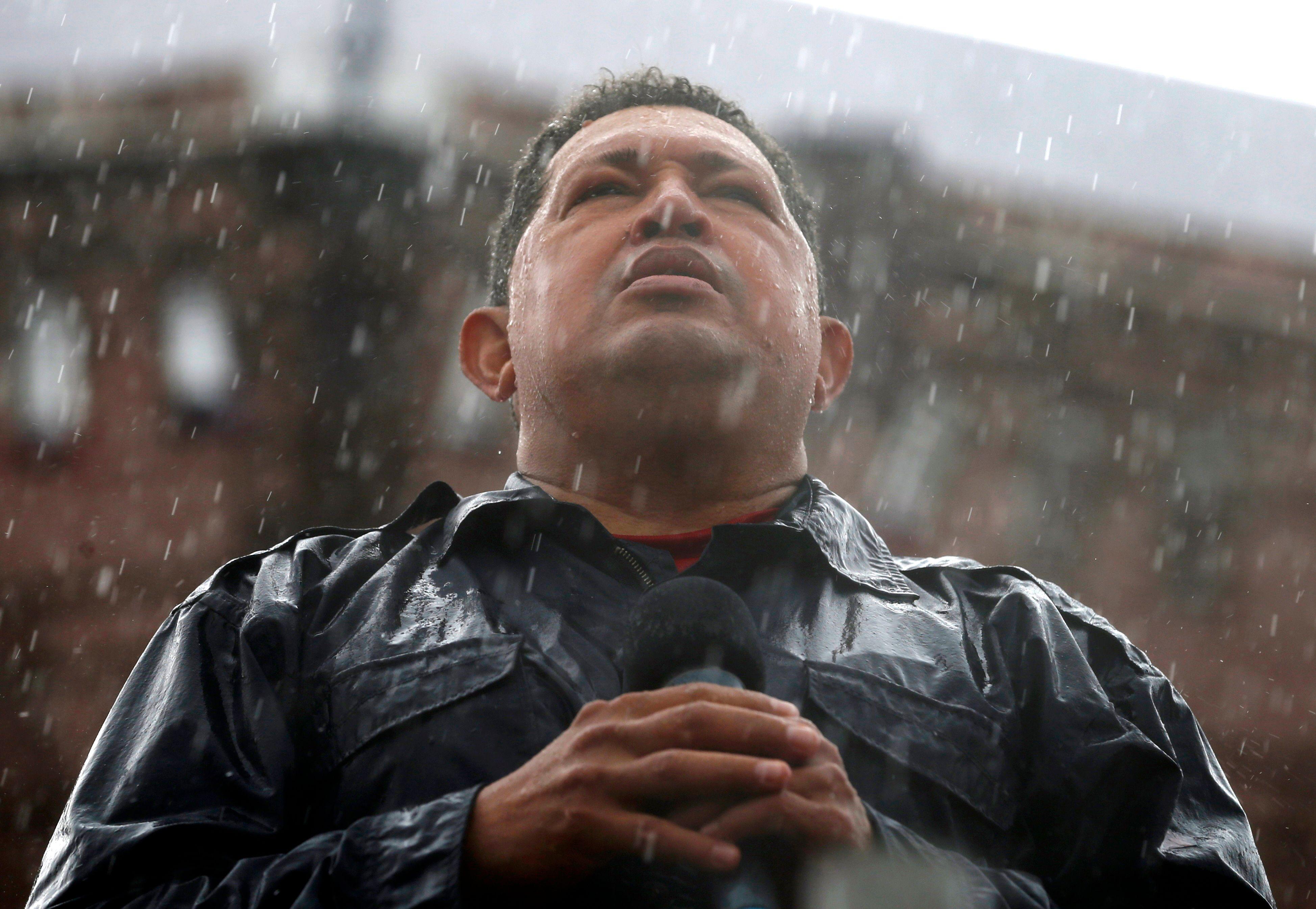Mort d'Hugo Chavez : le ministre français de l'Outre-Mer le compare à De Gaulle et Léon Blum