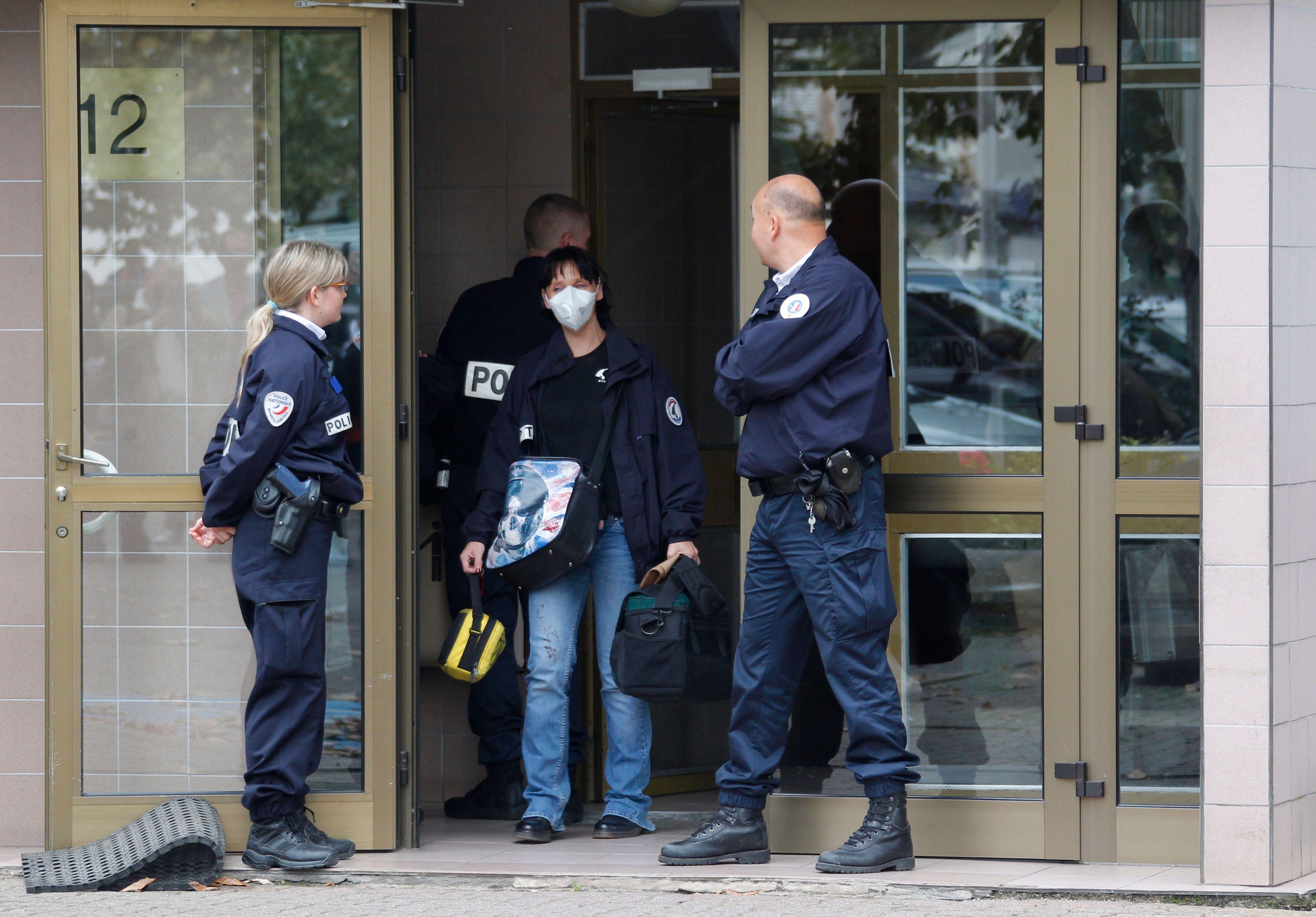 EXCLUSIF - Le télégramme qui révèle l'inquiétude du patron de la police sur les menaces terroristes contre les forces de l'ordre