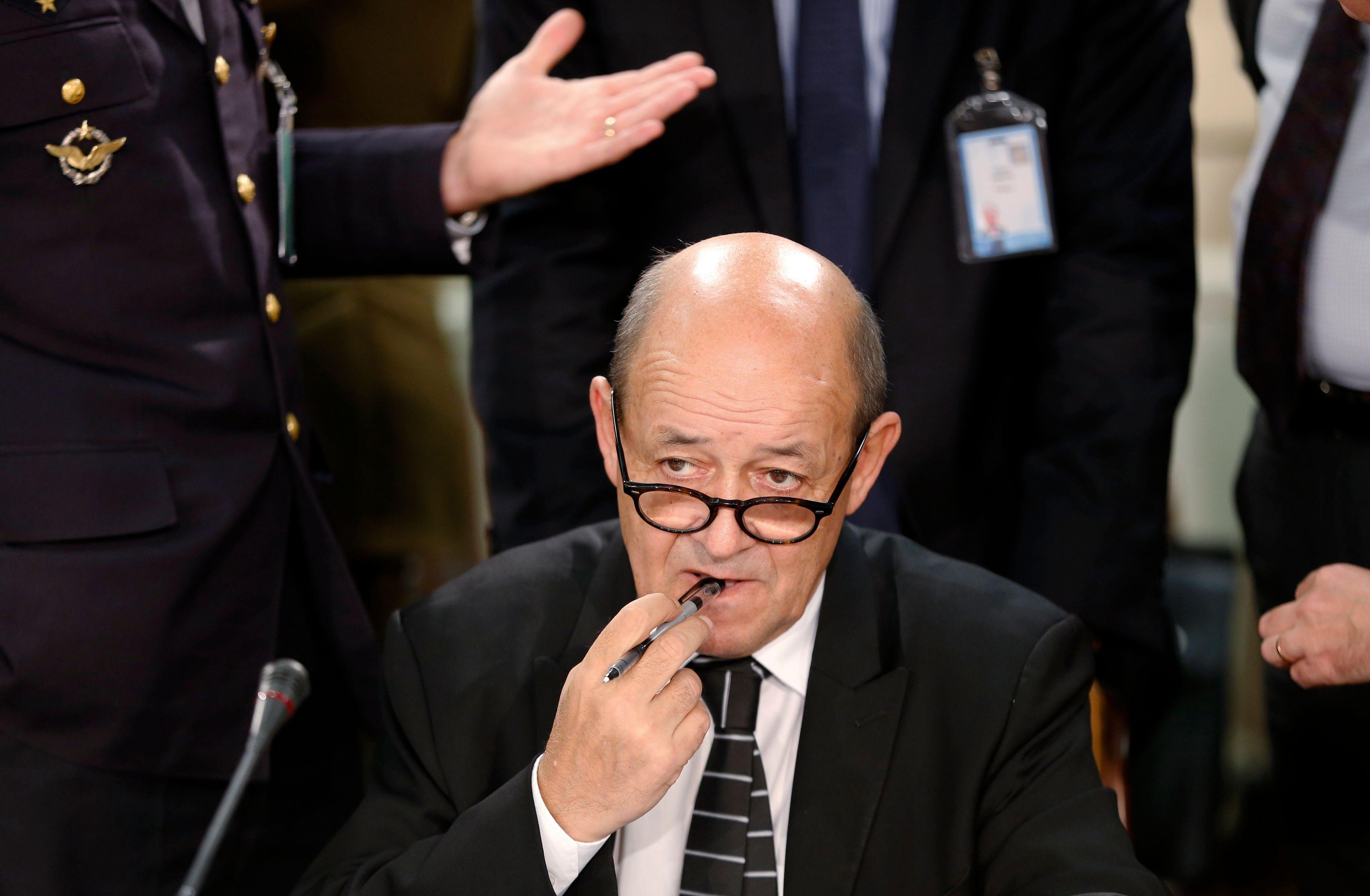 François Hollande a tenté de dissuader Jean-Yves Le Drian de devenir ministre d'Emmanuel Macron