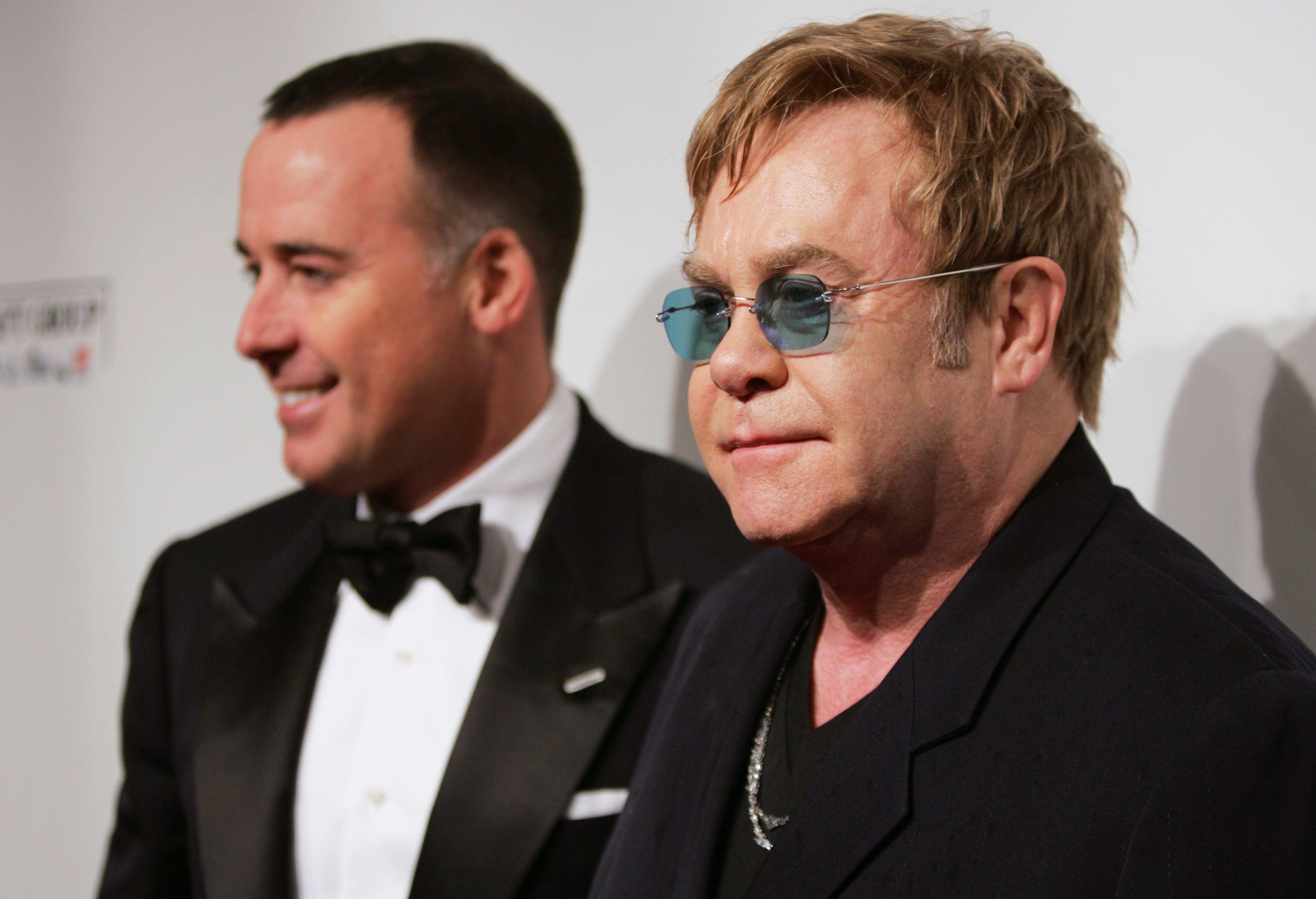 Elton John et David Furnish se marieront ce dimanche à Windsor
