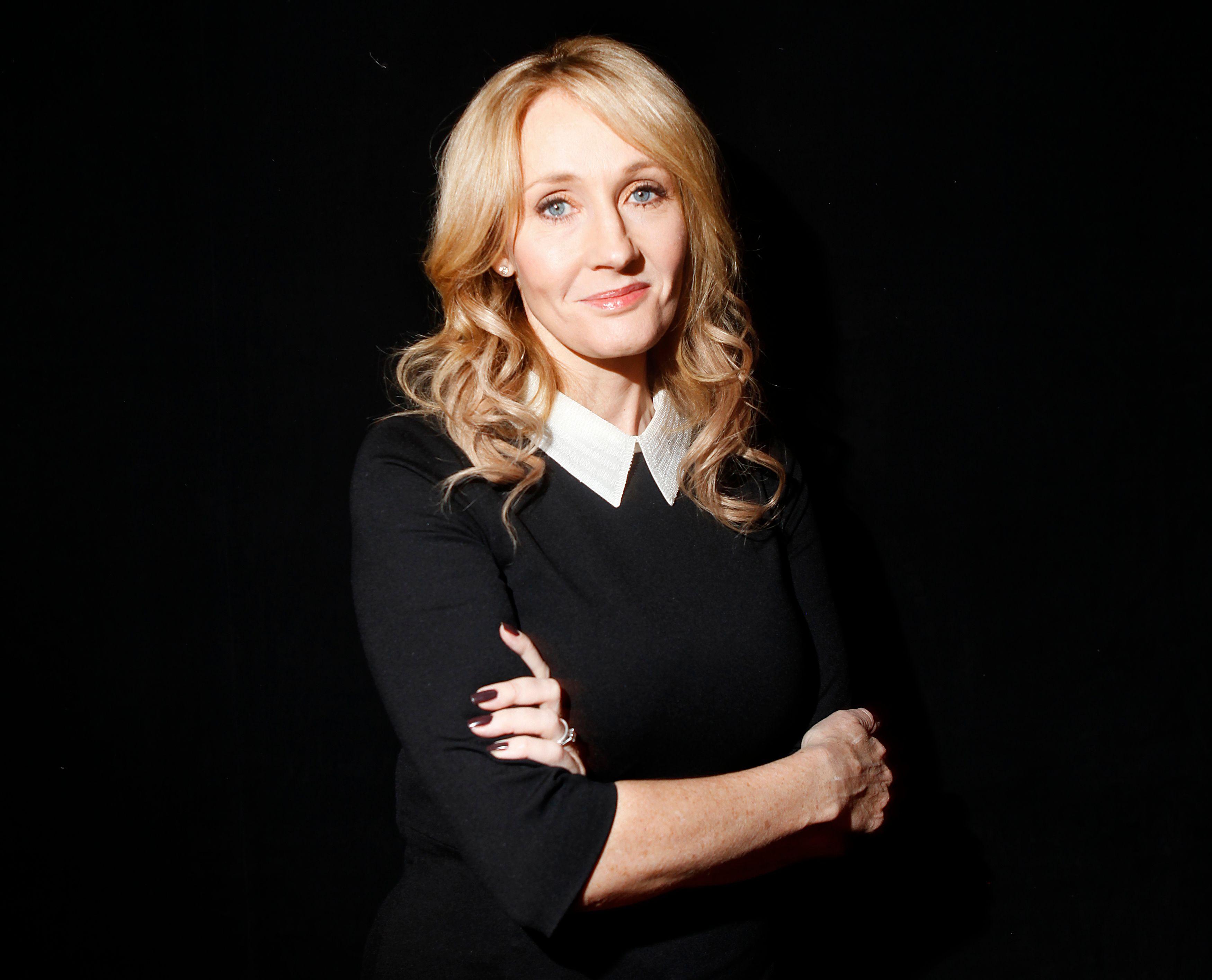 J.K. Rowling : l'auteur de Harry Potter publiera un nouveau roman en juin