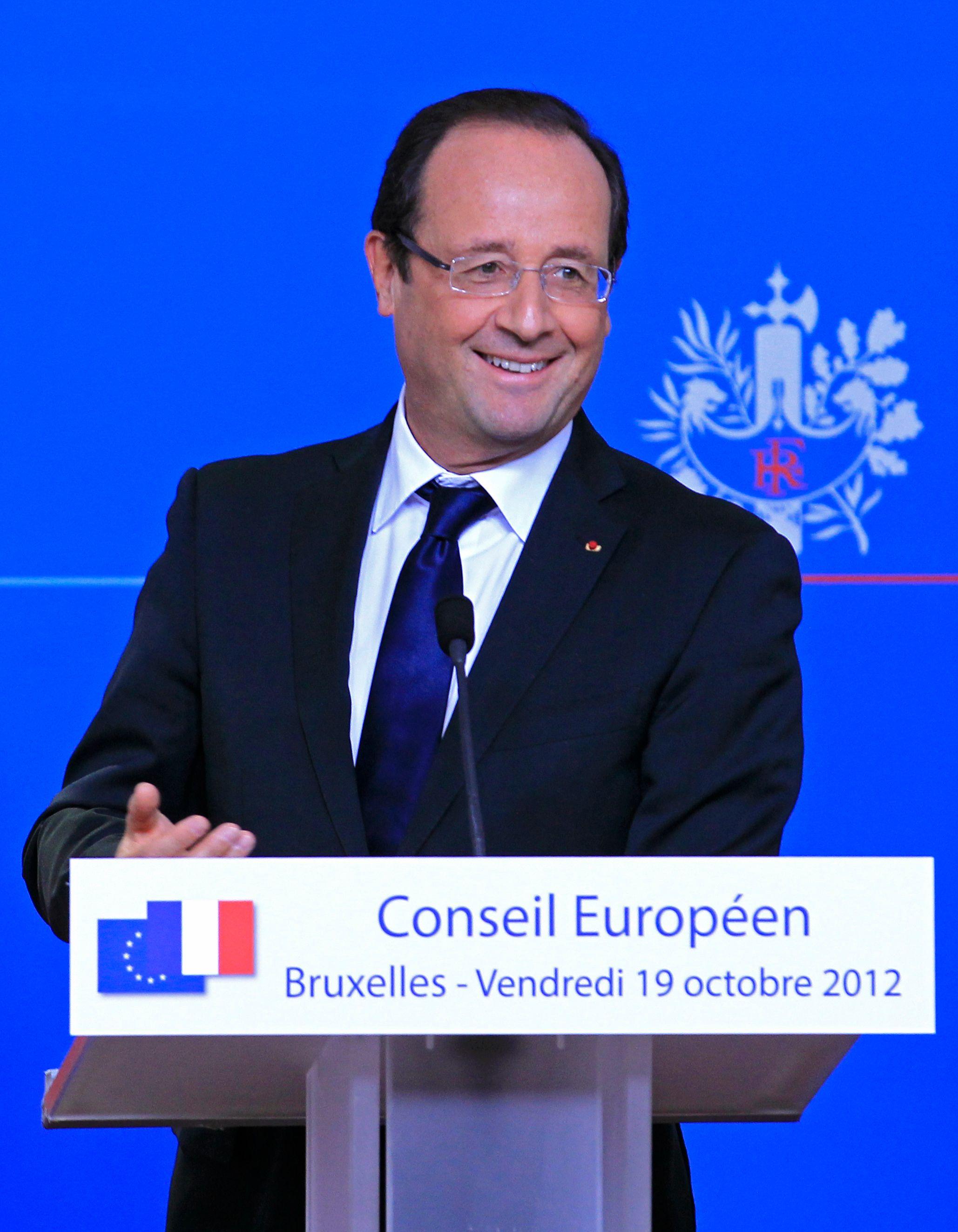 """François Hollande estime que """"l'on aurait fait pratiquement les deux tiers du chemin pour avoir 1 % de croissance à la fin 2015"""""""