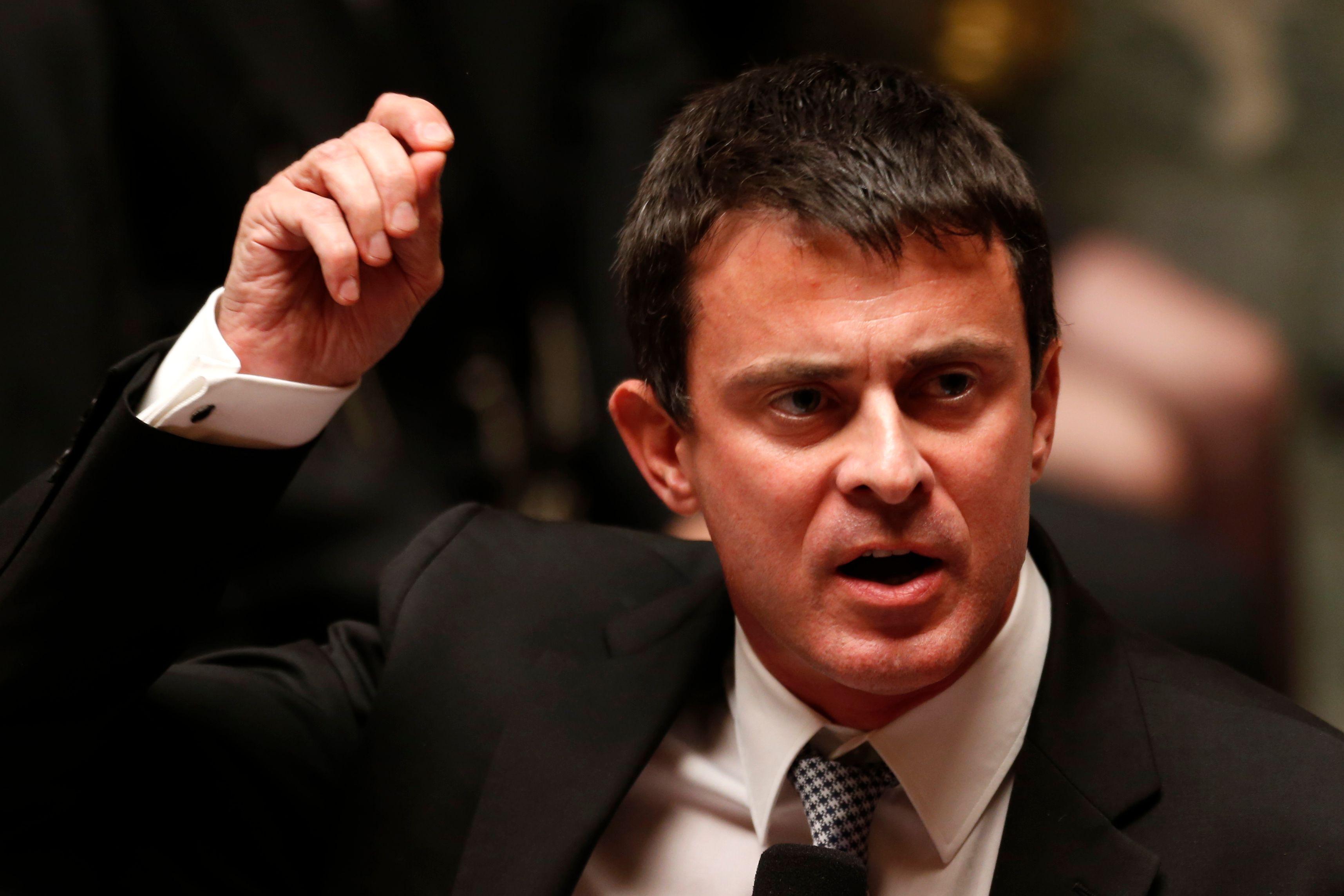 Manuel Valls souhaite l'arrêt immédiat de la grève