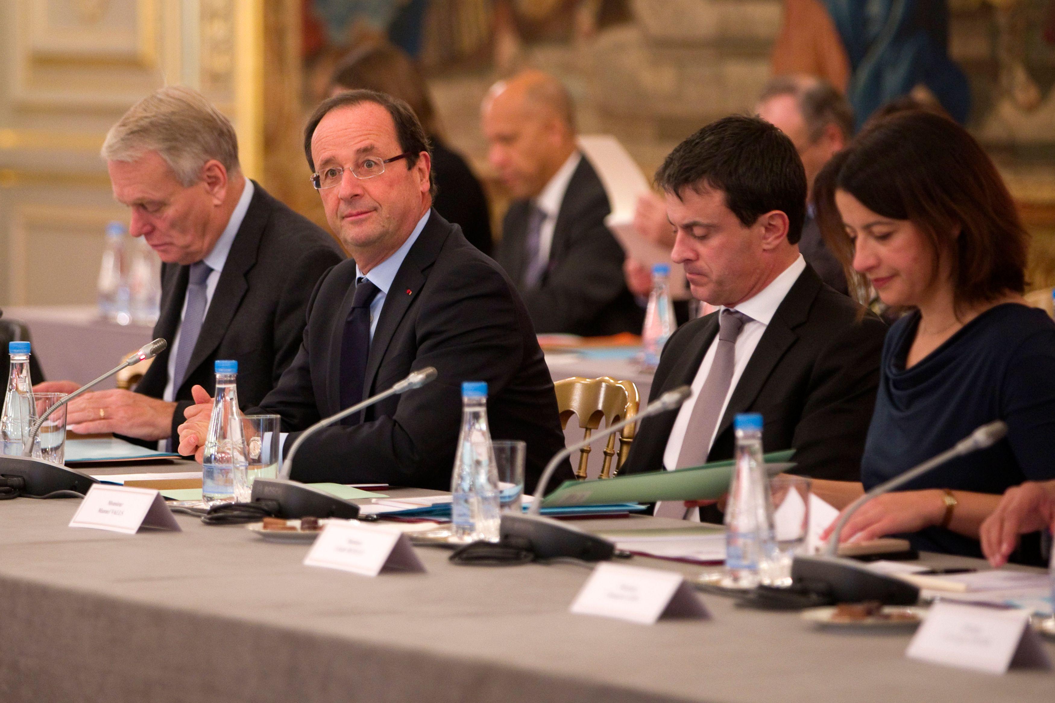 Et Valls bat Hollande par 58 à 18