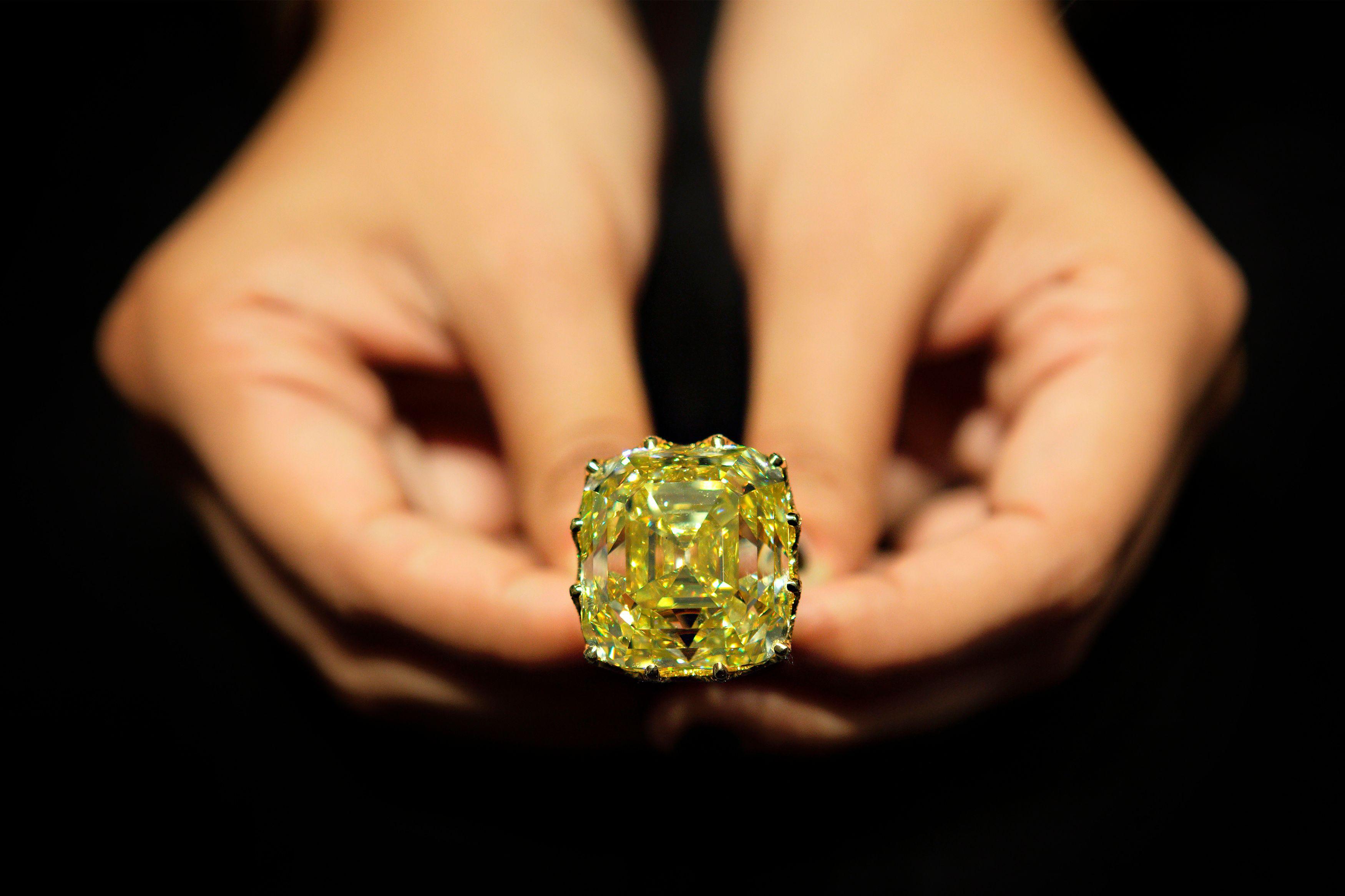 Le diamant jaune