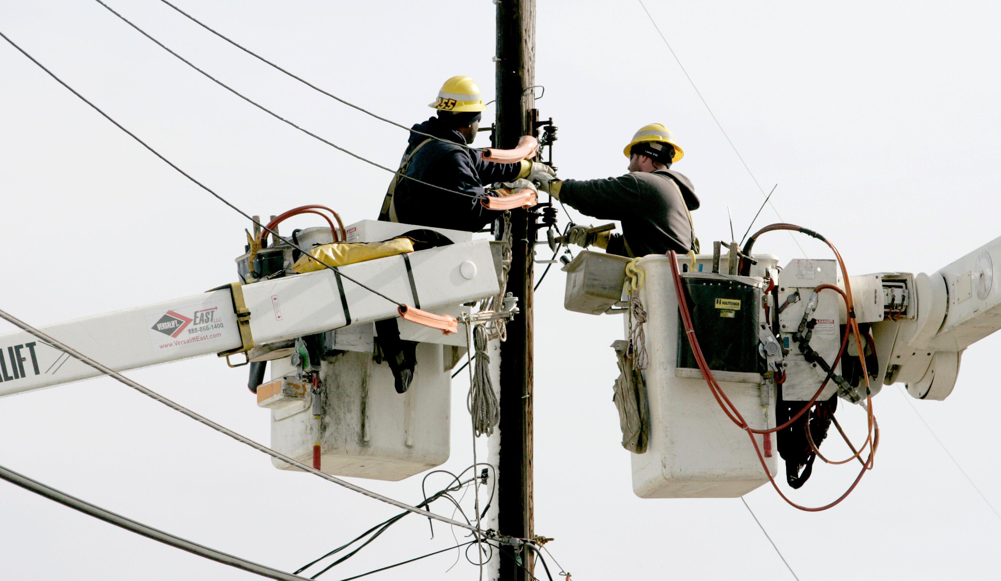 Tempête Ulla : encore 5 000 foyers sans électricité, retour àla normale prévu ce lundi