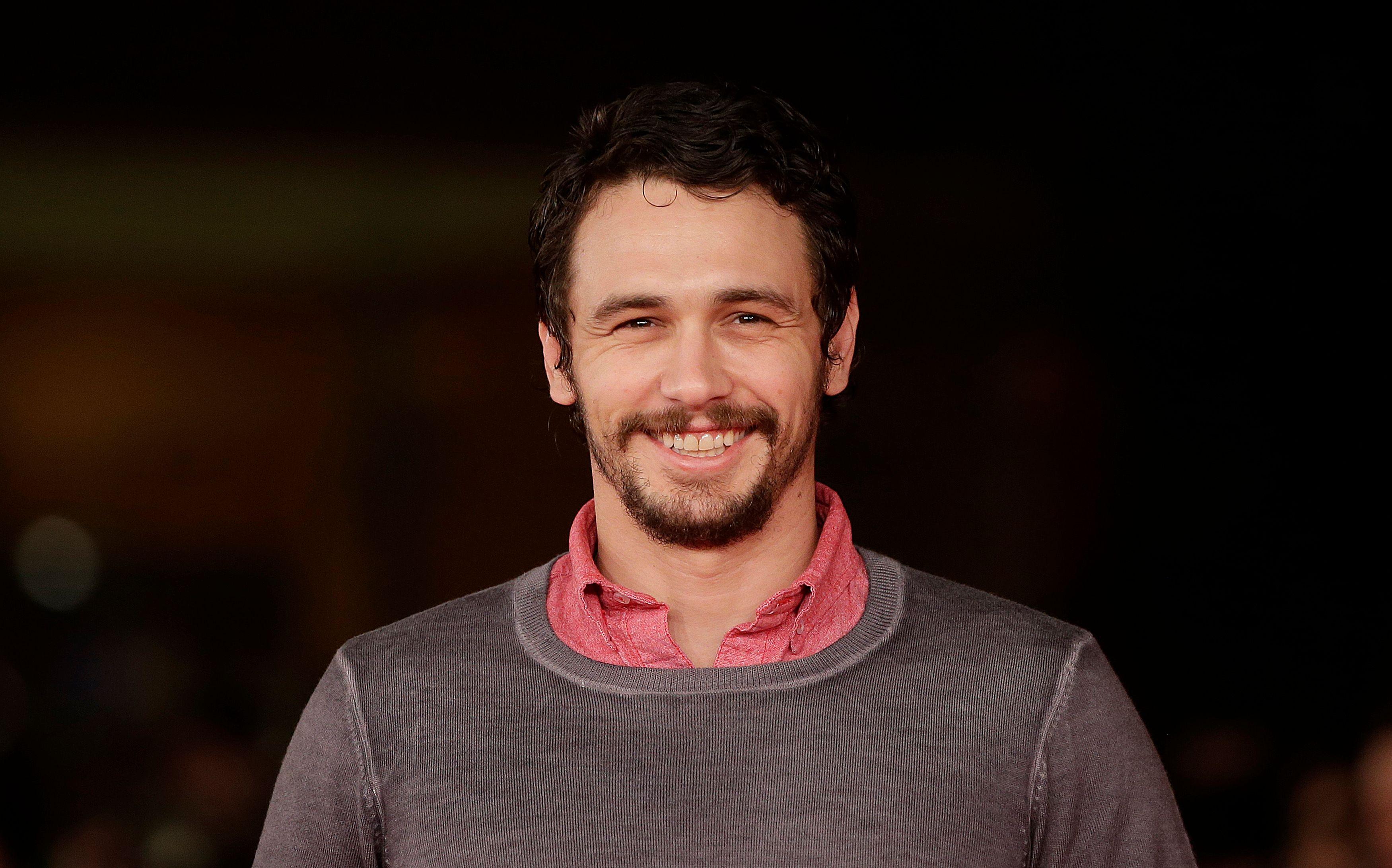 James Franco : l'acteur à demi-nu et la main sur le sexe sur Instagram