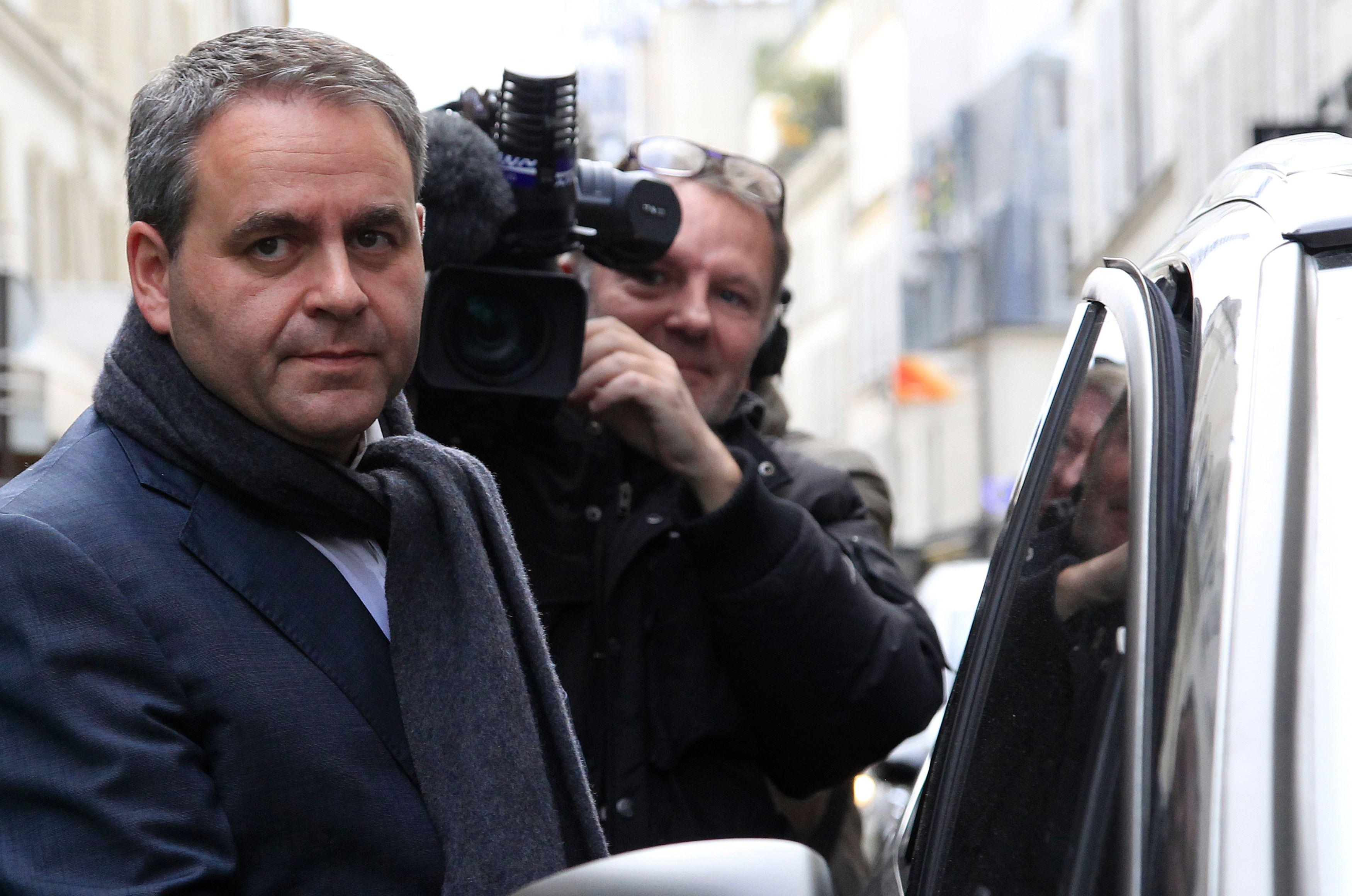 Xavier ertrand, candidat Les Républicains aux élections régionales en Nord-Pas-de-Calais-Picardie.