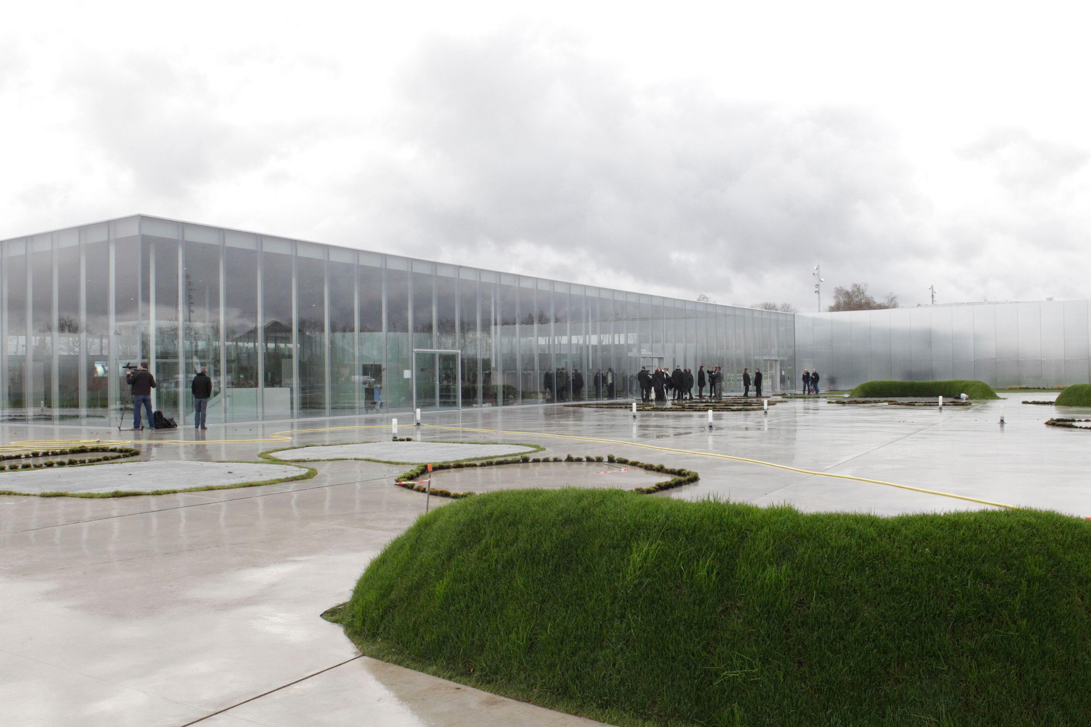 Le candidat brestois ne prévoit à ses électeurs un Louvre-Lens, c'est déjà ça !
