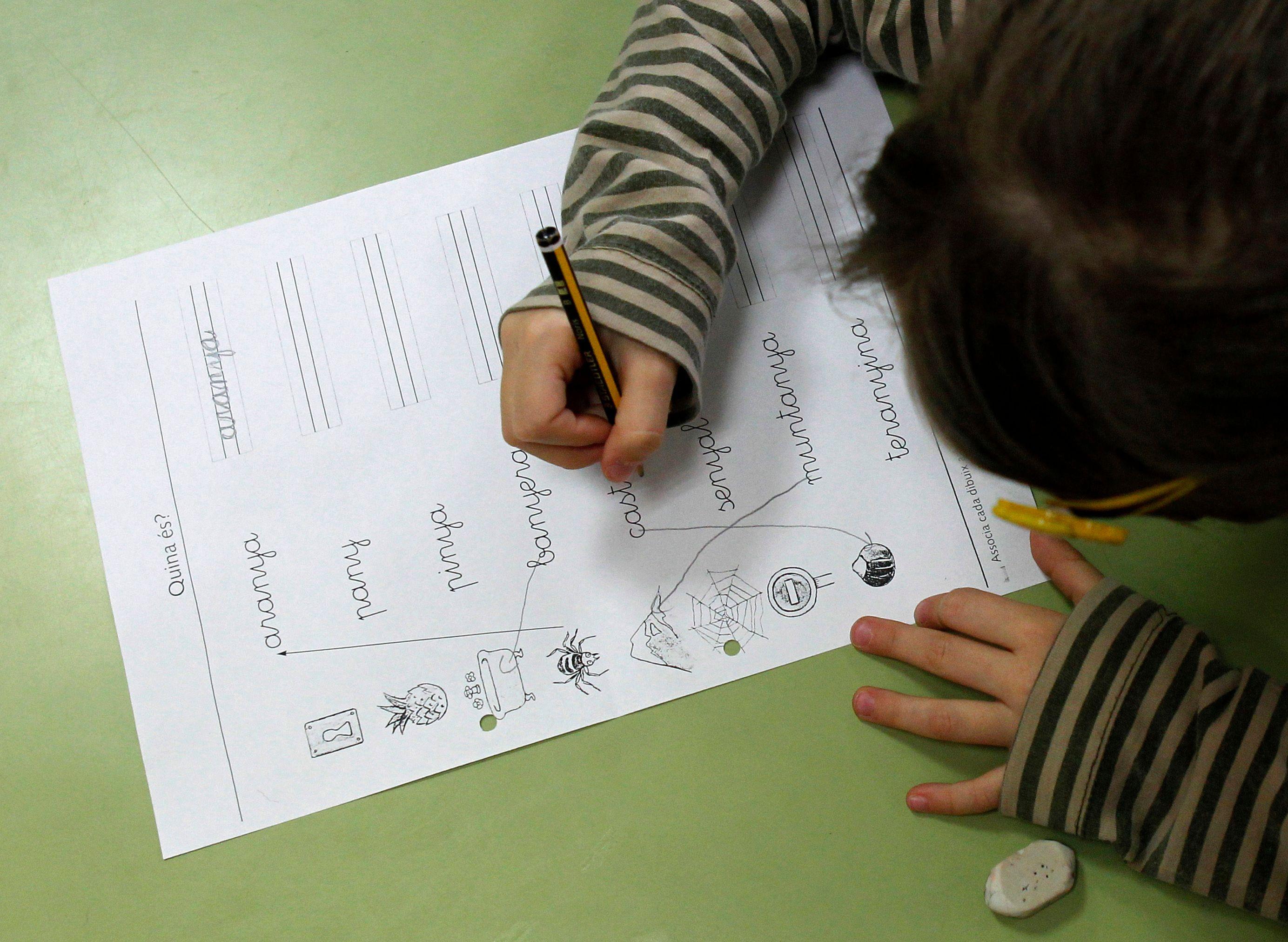 Le gouvernement a décidé de continuer son opération de (ré)éducation des enfants à l'égalité femme-homme.