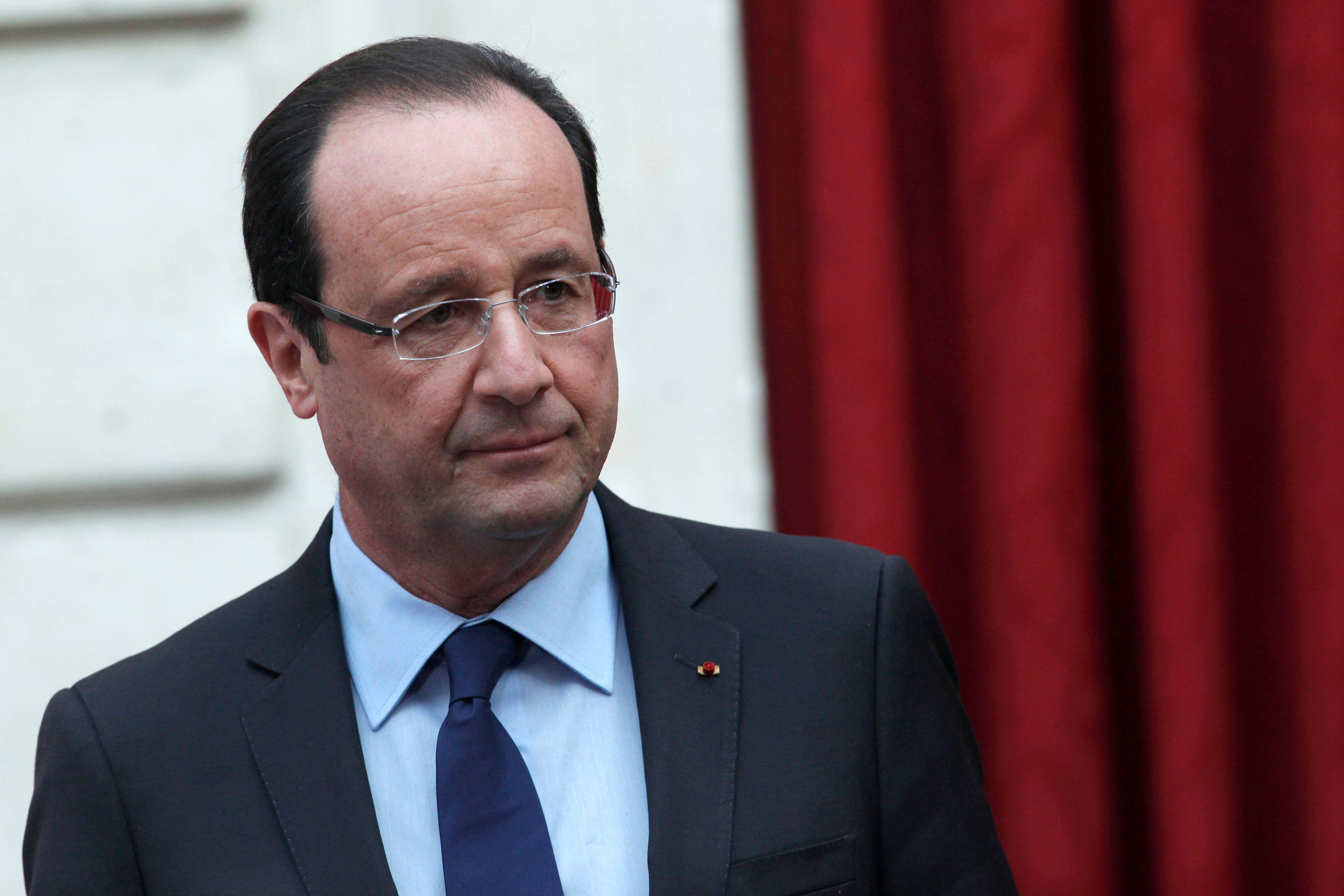 François Hollande n'arrive pas à choisir entre l'extrême gauche de sa majorité et les partisans du réformisme.
