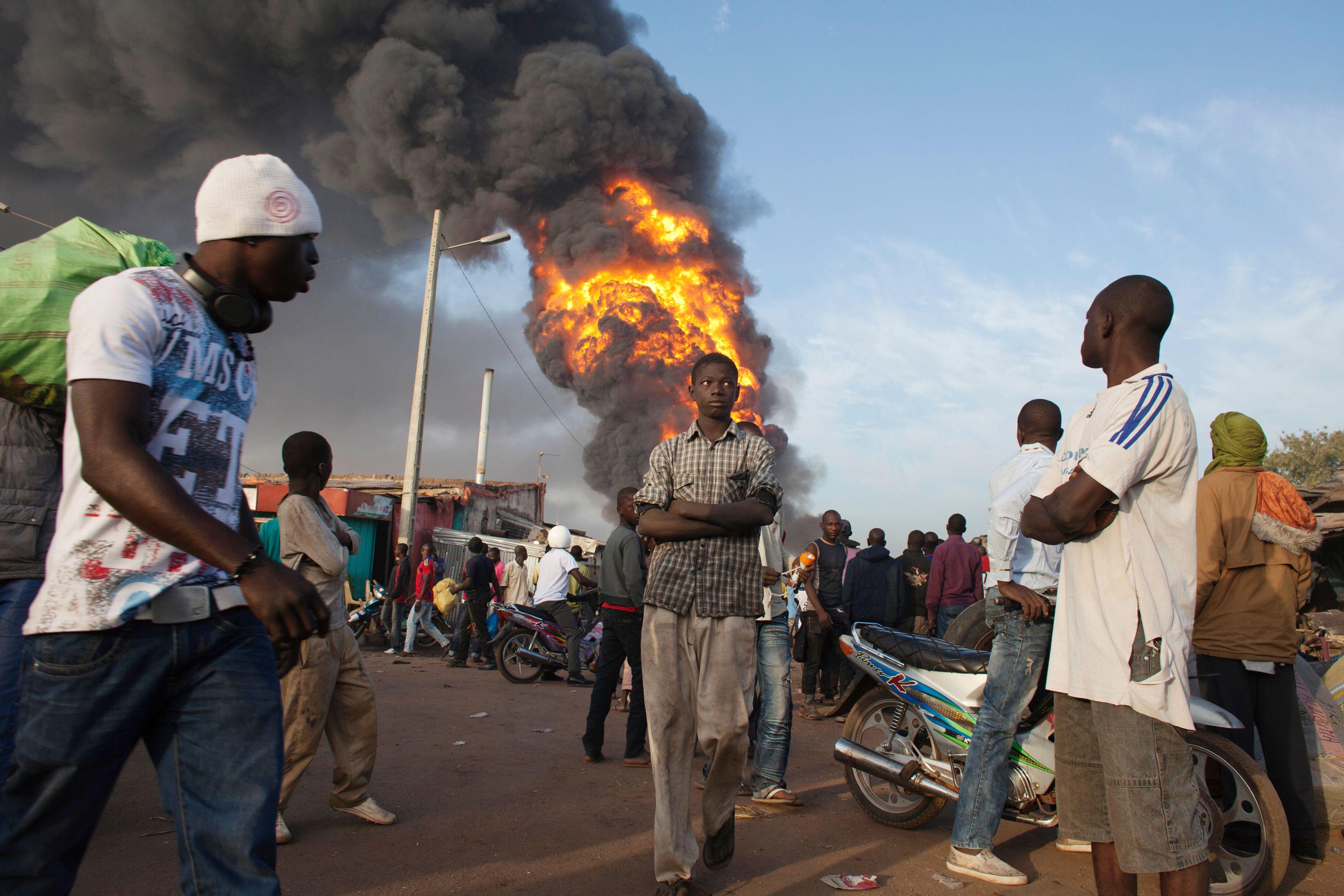 Le Mali, en pleine déliquescence, pose la question de la viabilité de certains Etats africains.