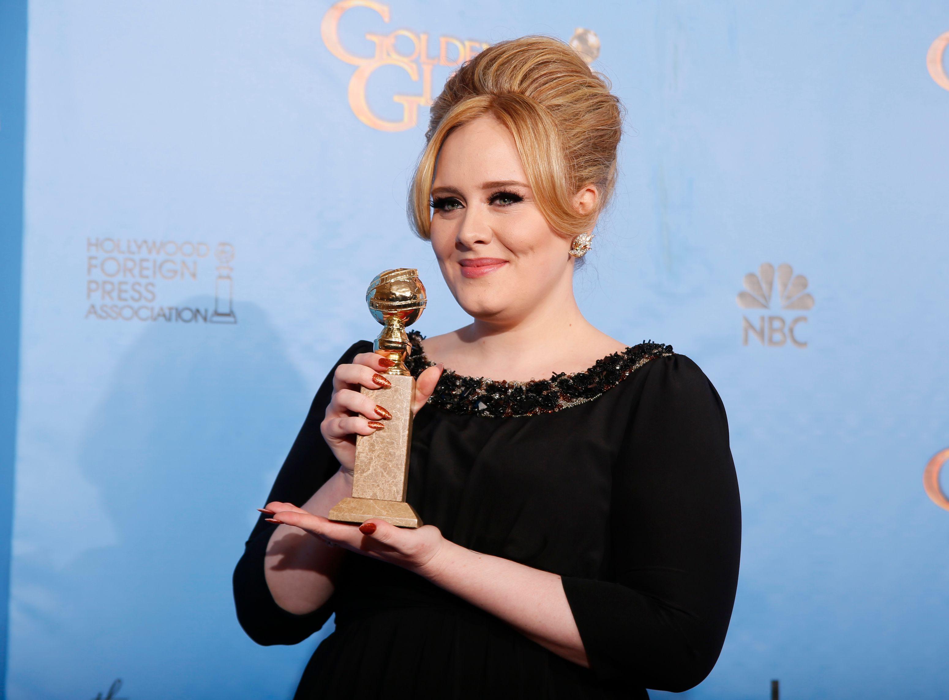 Adele fait un carton : 2,3 millions d'albums écoulés en trois jours aux États-Unis