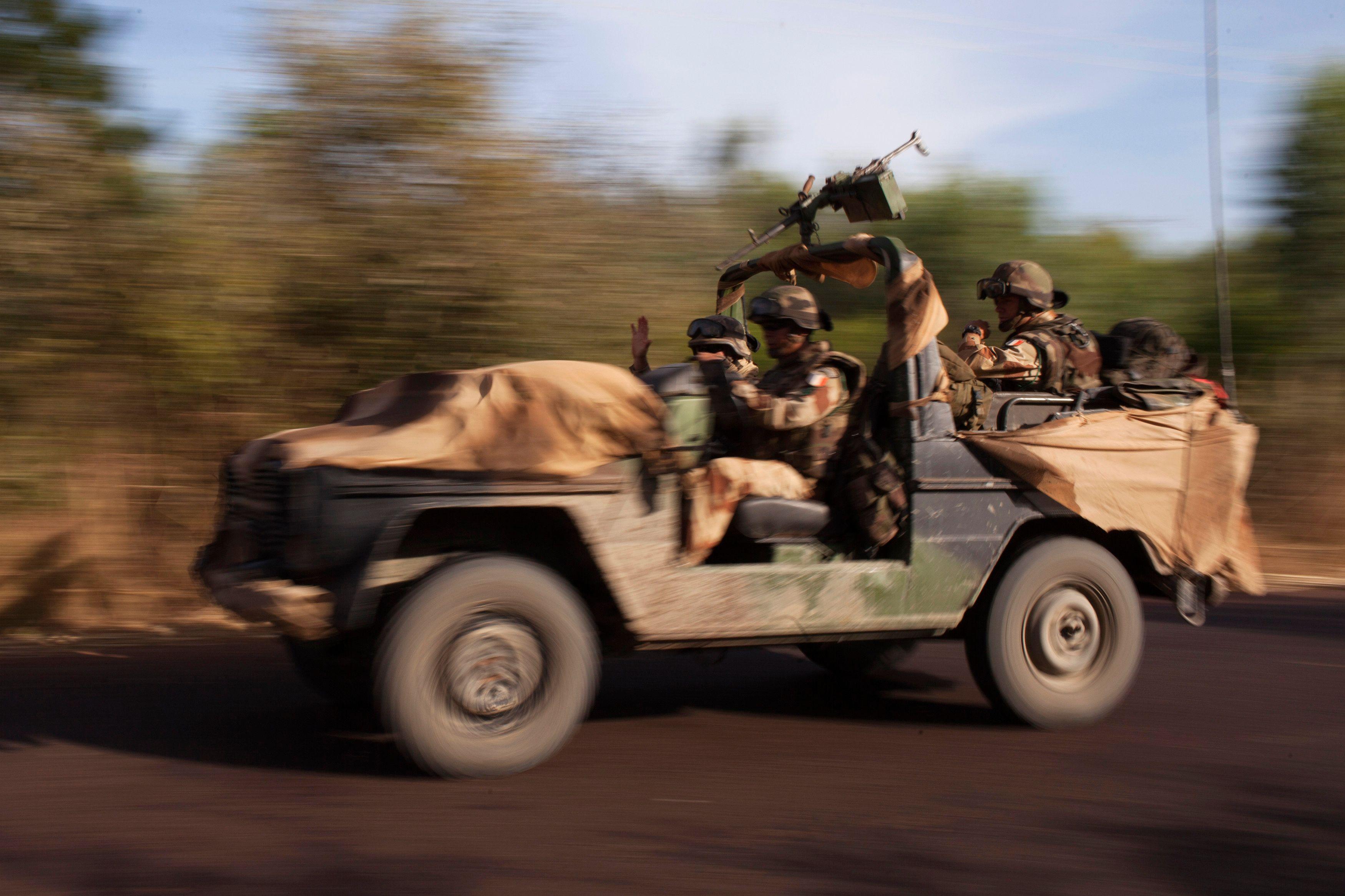Les forces françaises et africaines contrôlent désormais les accès et l'aéroport de Tombouctou.