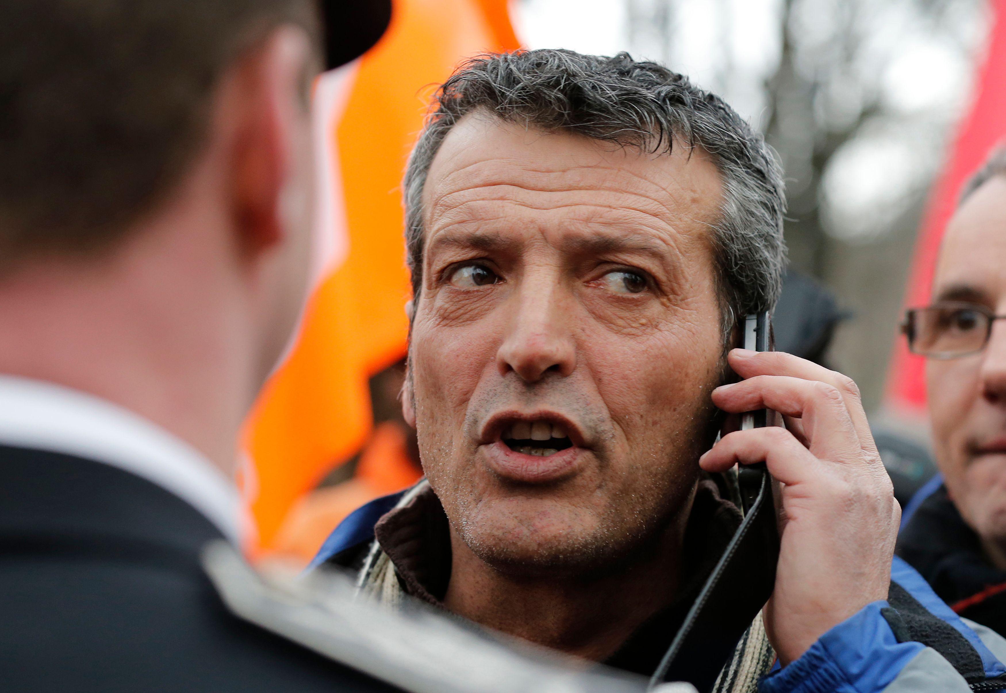 Manuel Valls à Florange : Edouard Martin refoulé par lesservices de sécurité