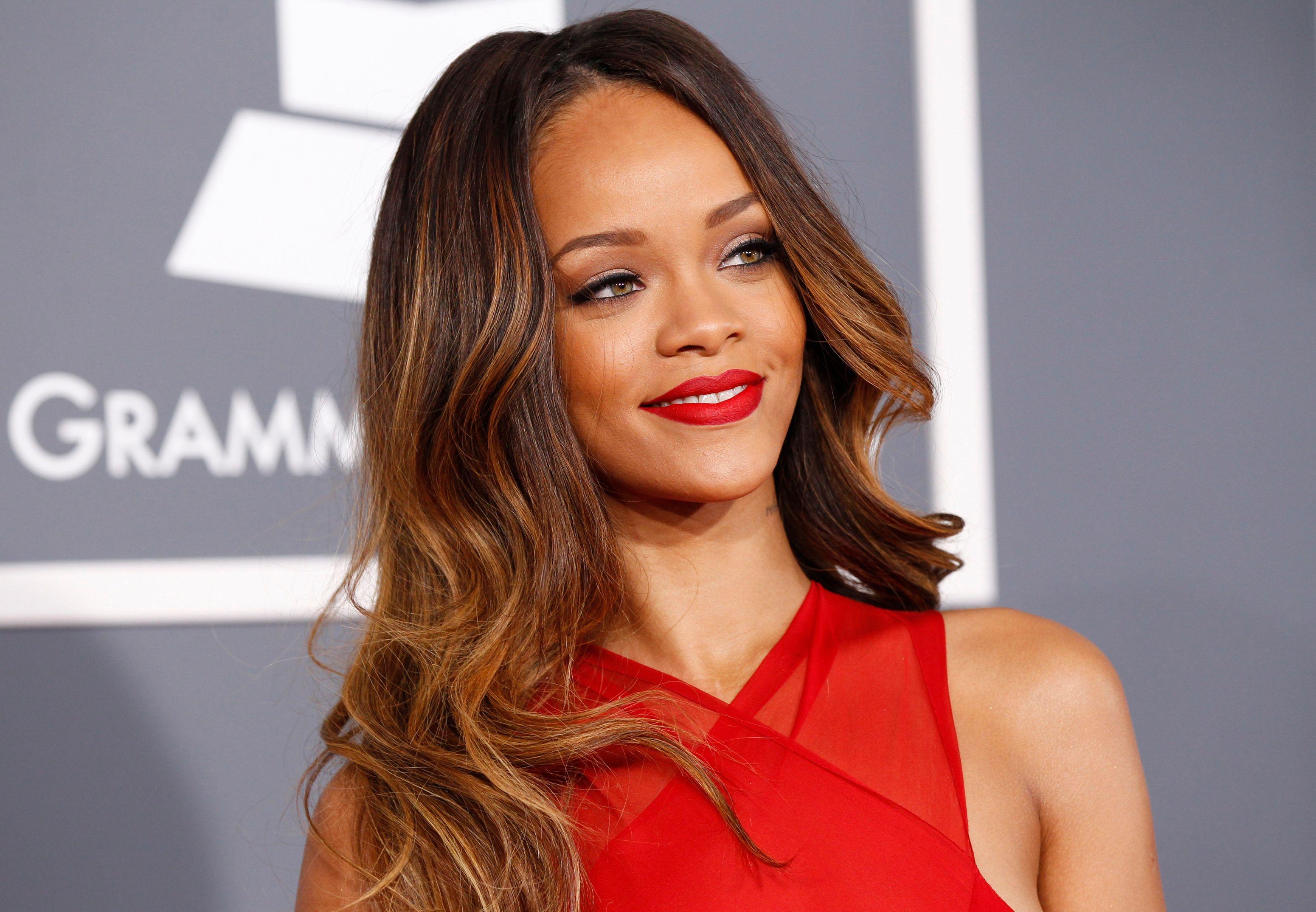Rihanna : les photos (visiblement) alcoolisées deson31 décembre
