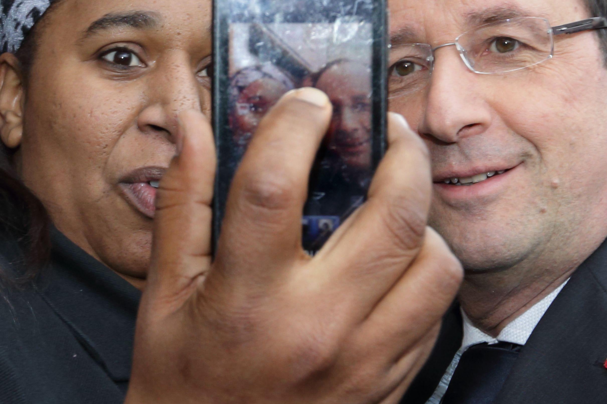 François Hollande entame une tournée des régions françaises.