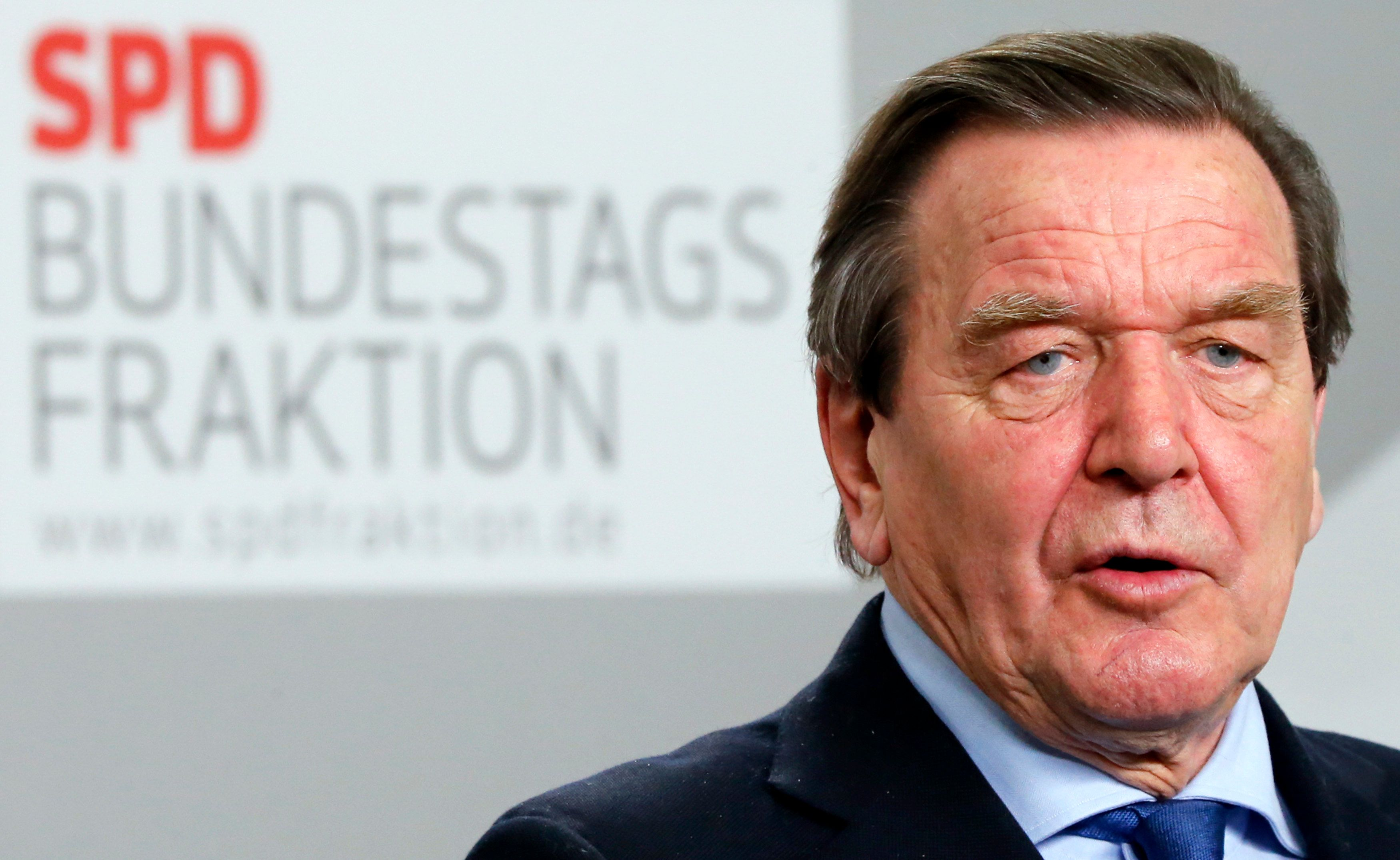 Ukraine : Gerhard Schröder, fidèle à Poutine, estime que l'UE est responsable de la crise