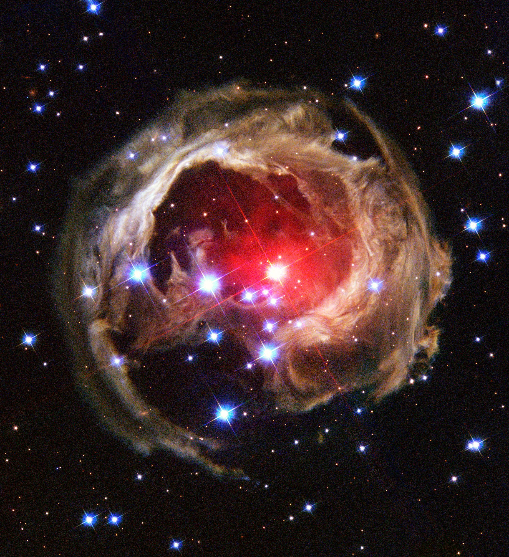 Betelgeuse superstar : voilà pourquoi nous pourrions bientôt voir apparaître une supernova dans notre ciel