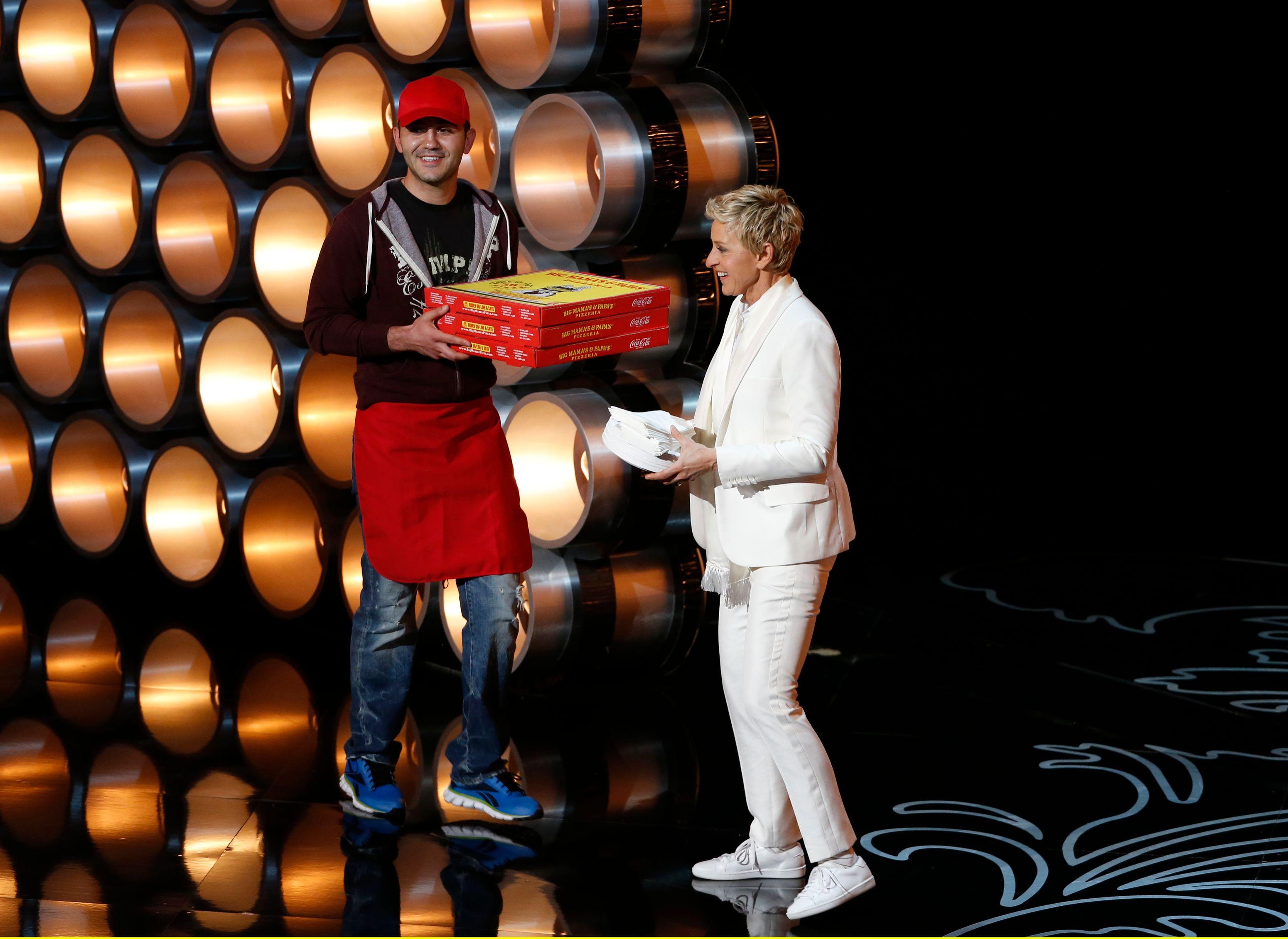 Le livreur de pizzas a gagné un joli pourboire