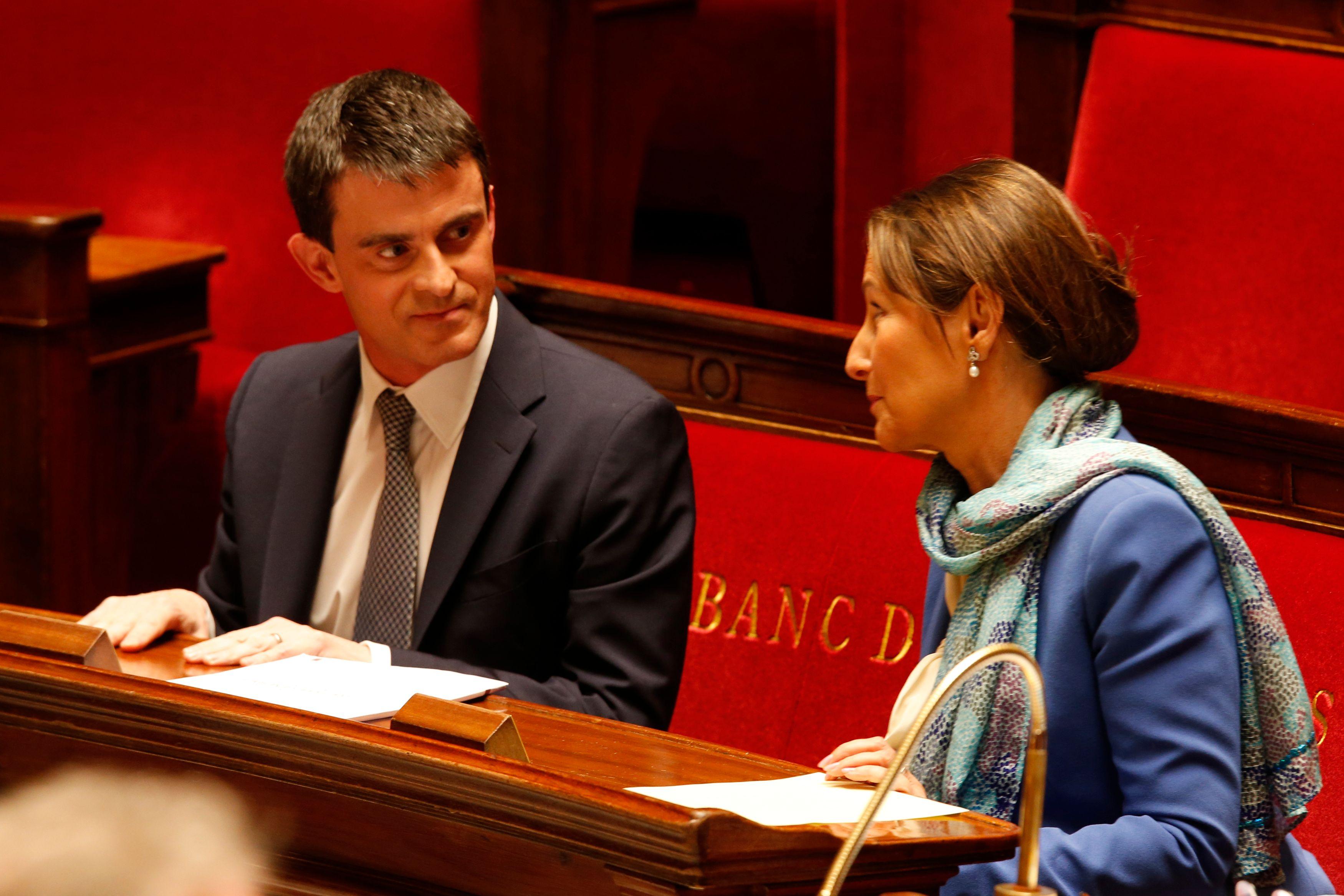 dans le match à distance que se livrent, sur ce dossier précis, Manuel Valls et Ségolène Royal, ce sont les prolongations de la primaire citoyenne d'octobre 2011. L'écart de 35.000 voix les séparant n'a pas été comblé manifestement…