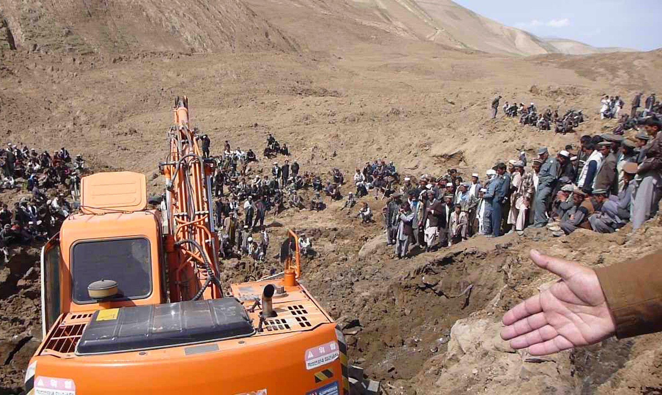Glissement de terrain en Afghanistan : 2 100 morts, les fouilles continuent