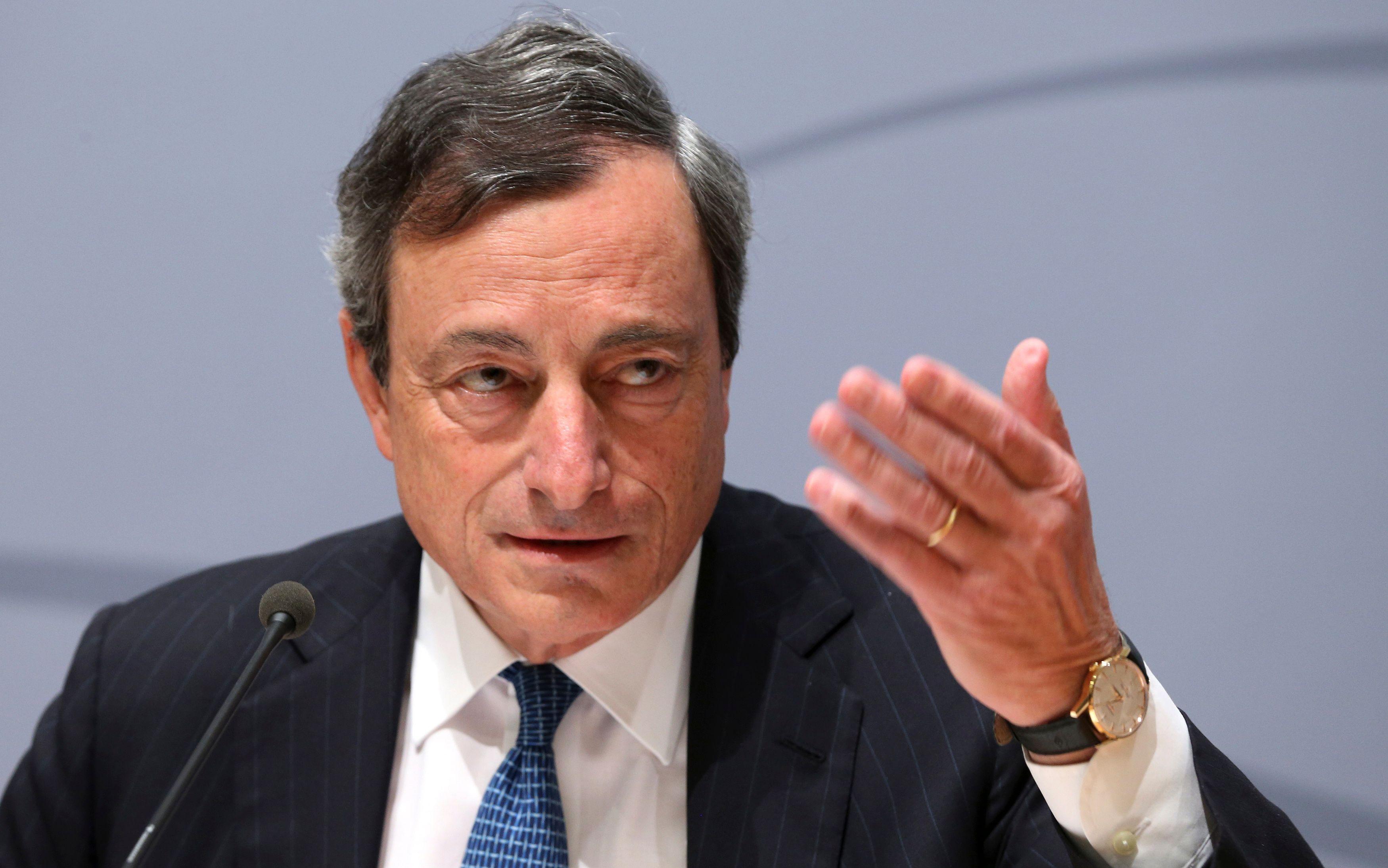 """Mario Draghi, président de la BCE, va lancer une politique de """"quantitative easing"""" au sein de la zone euro."""