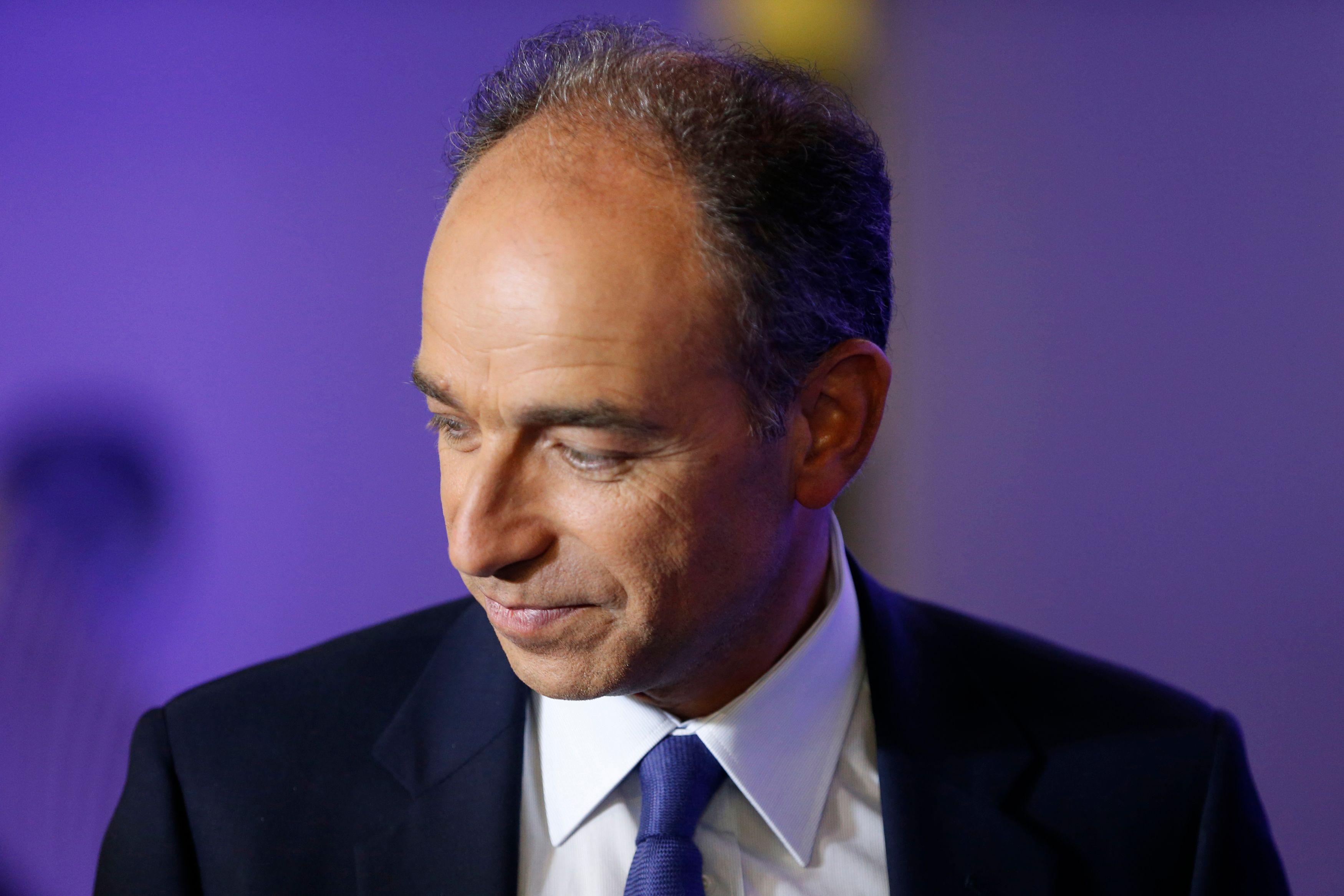 """Jean-François Copé candidat à la primaire LR : pour """"une France décomplexée"""""""
