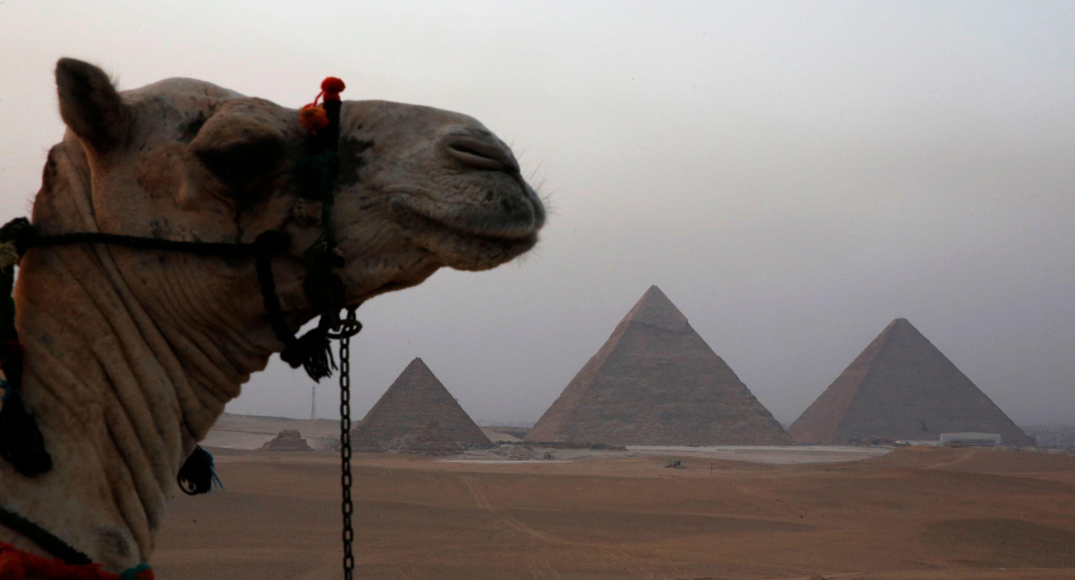 Un postier à la retraite a mis au point une nouvelle théorie sur la construction des pyramides.