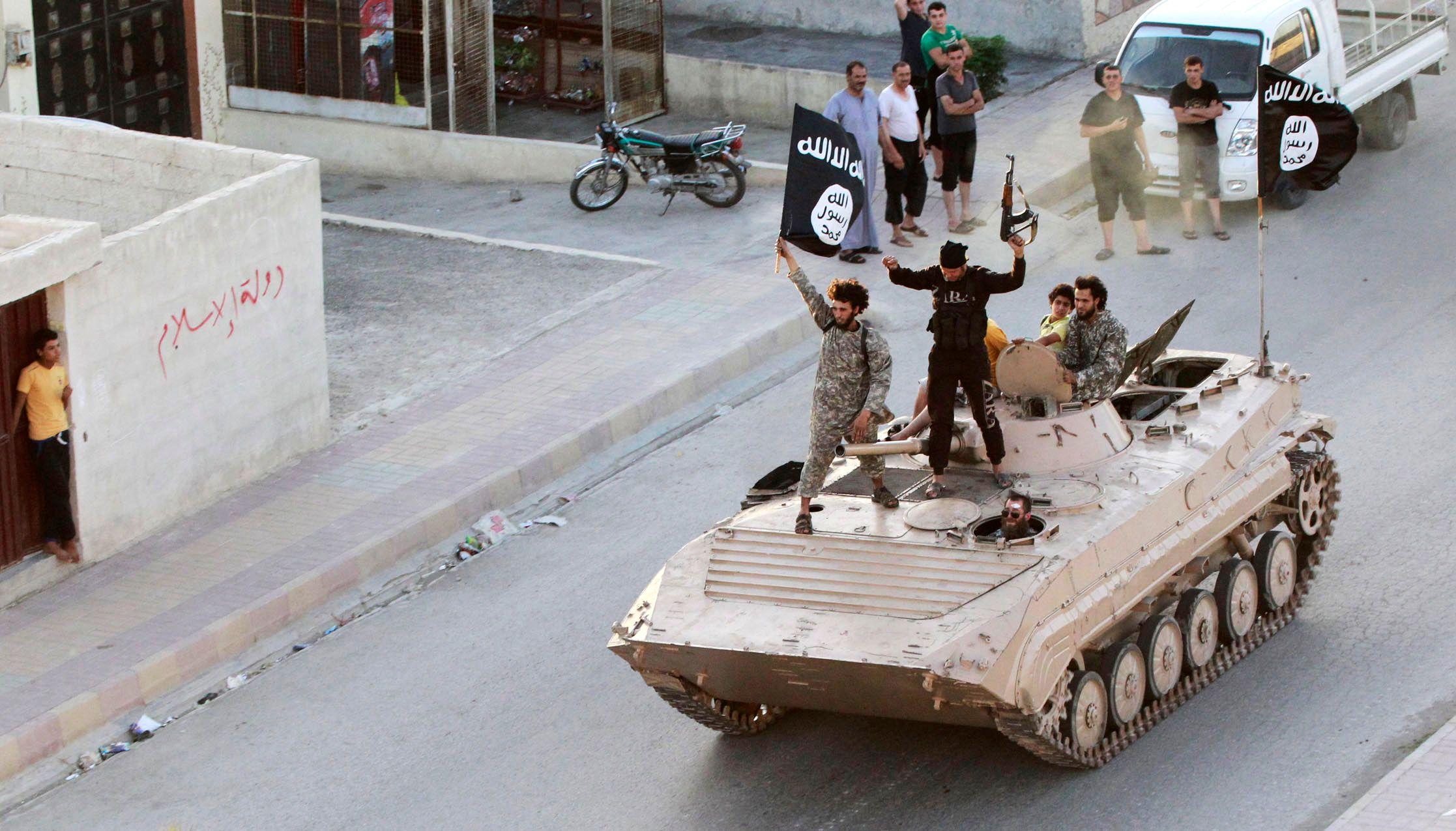 Syrie : la coalition réussit une nouvelle avancée contre l'État islamique à Raqqa