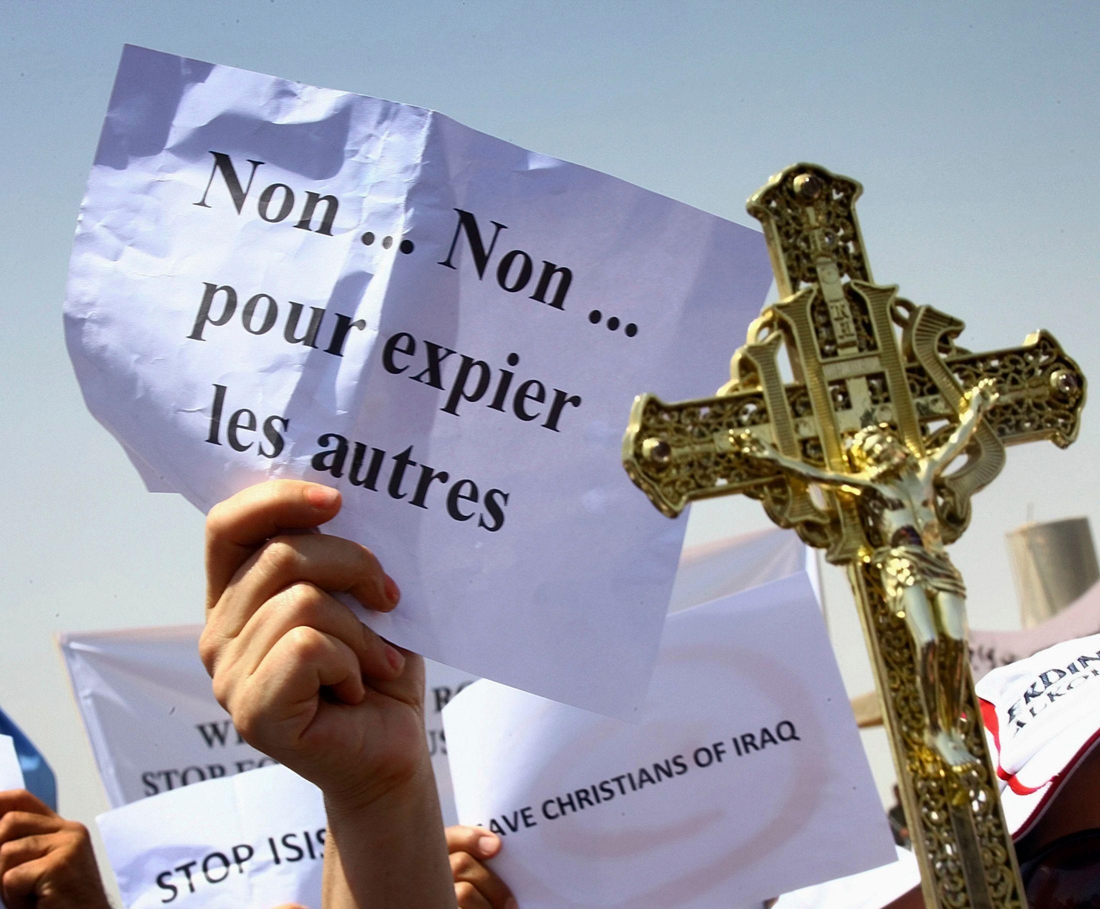 En Irak, les communautés chrétiennes sont poussées à l'exil