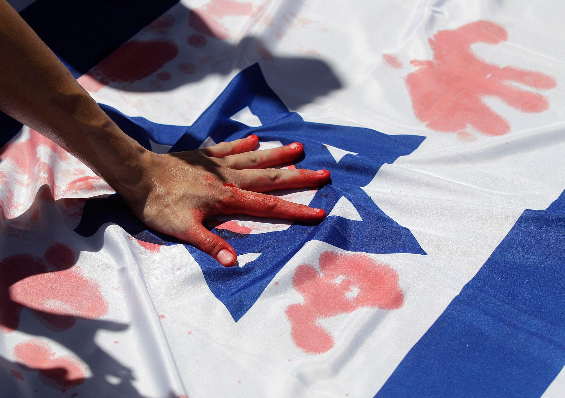 BDS : pourquoi le mouvement de boycott de l'Etat hébreu soutenu par les députés de la France insoumise interdits d'entrée en Israël est réellement dangereux