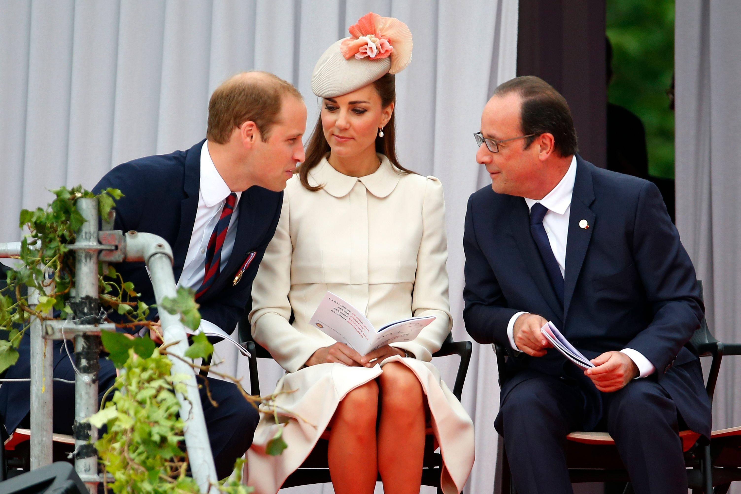 Kate, William et François Hollande placés à côté pour la cérémonie