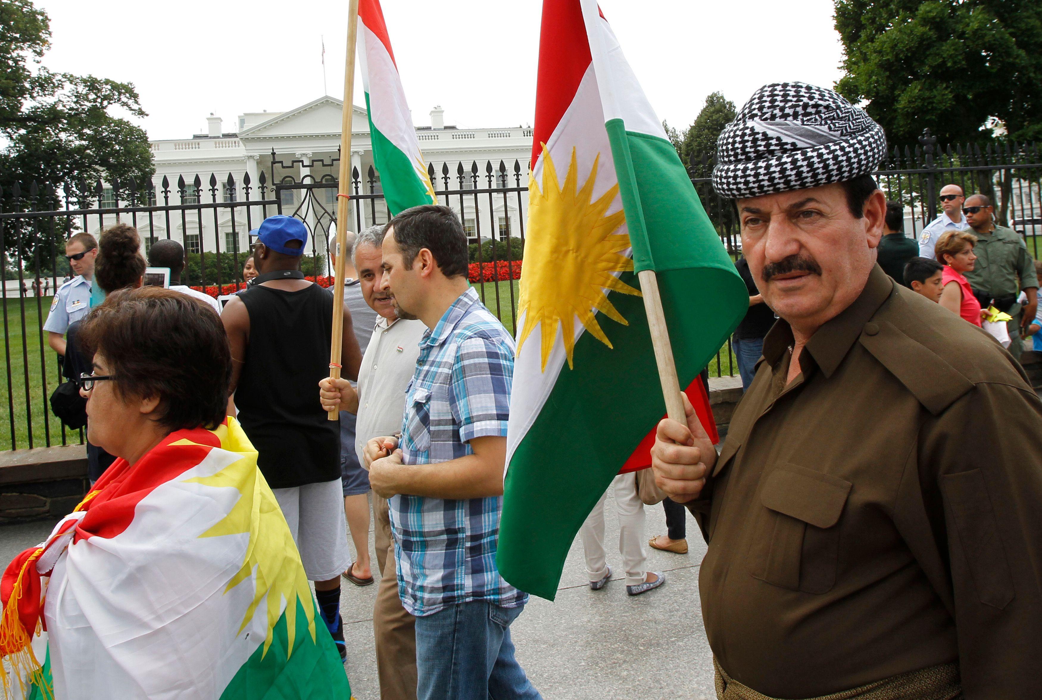 Des Kurdes manifestent devant la Maison Blanche