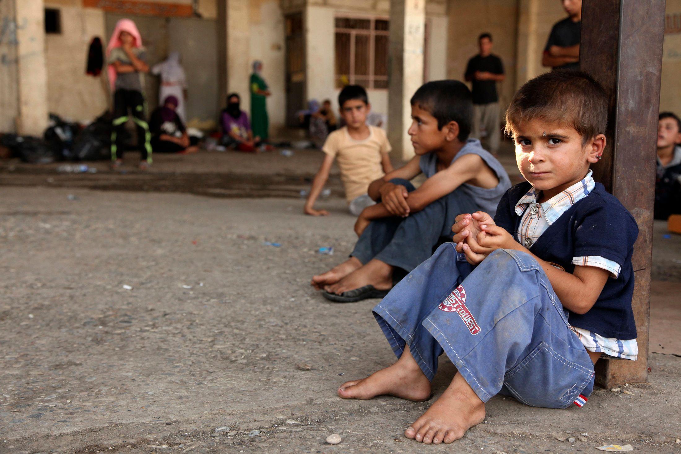 Des enfants dans un camp de réfugiés Yazidis.