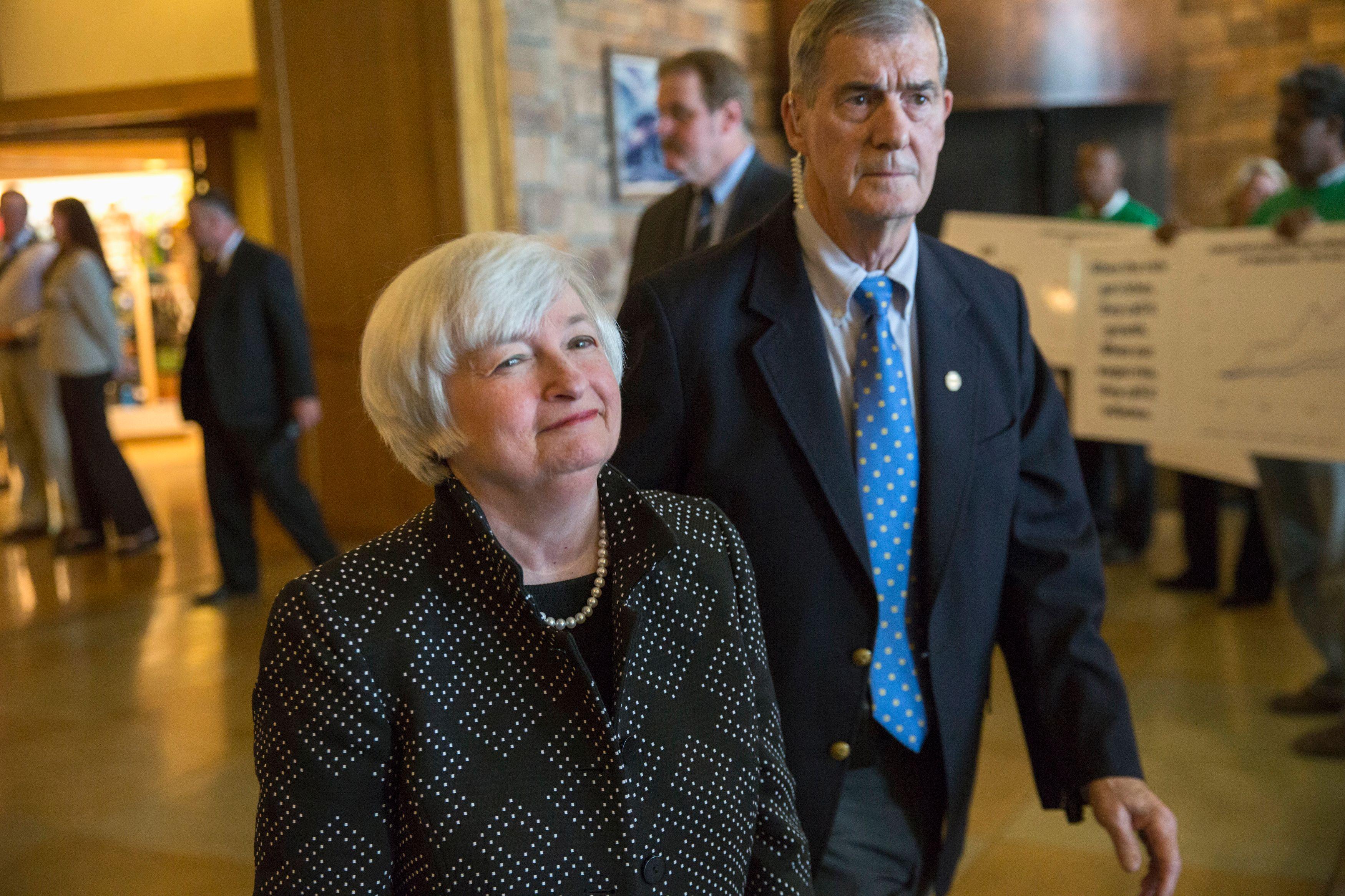 Janet Yellen, présidente de la Réserve fédérale américaine, à son arrivée à Jackson Hole
