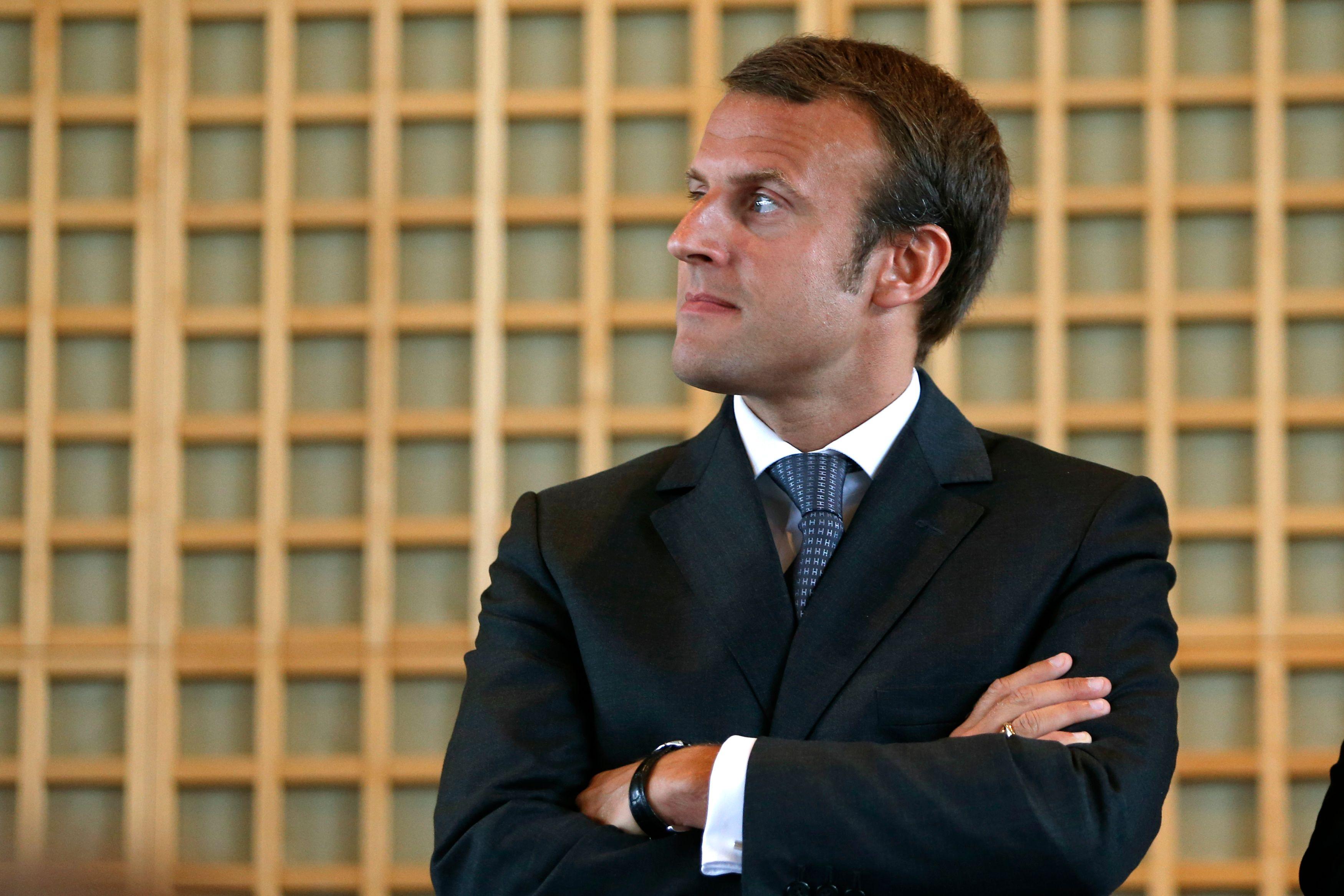 """Emmanuel Macron promet """"un régime de droit commun plus lisible"""""""